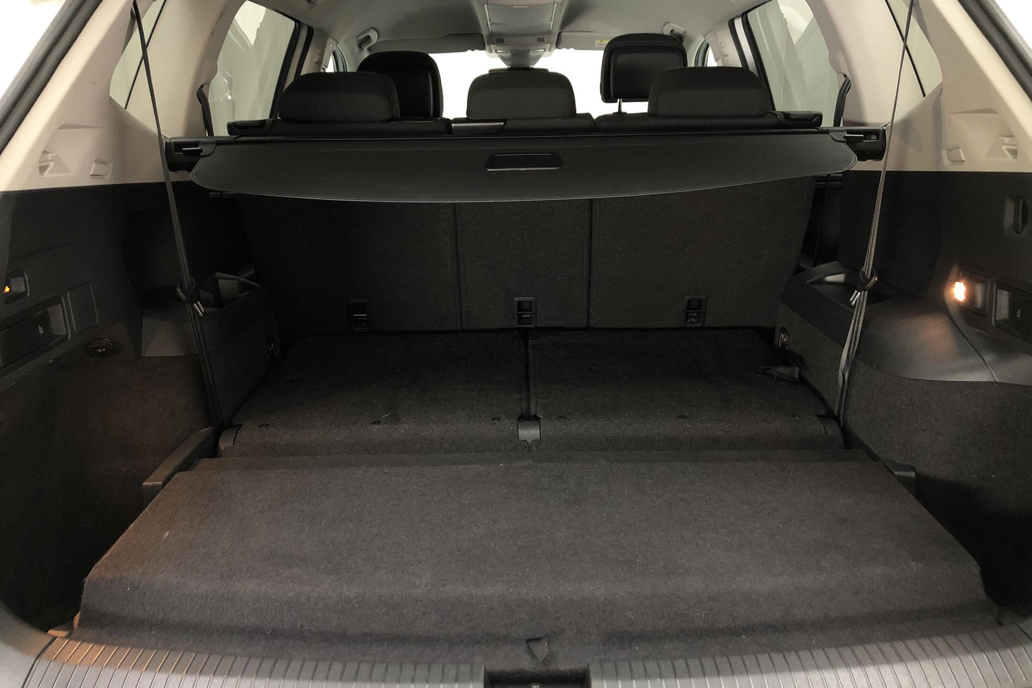 VW Tiguan Allspace 2.0 TDI 4MOTION (190hk) - 7 402 mil - Automat - vit - 2018