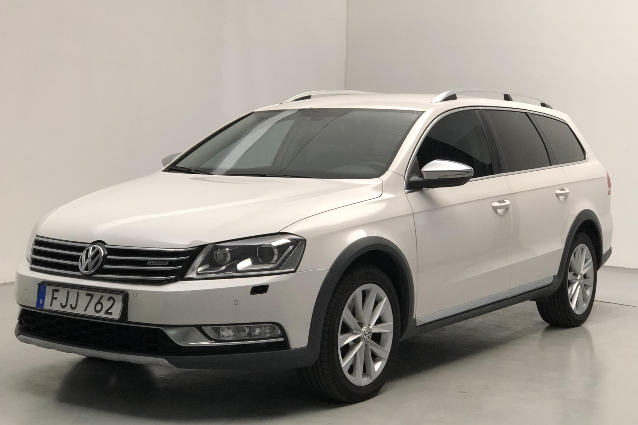 VW Passat Alltrack 2.0 TDI BlueMotion Technology 4Motion (177hk) - 158 060 km - Automatic - white - 2014