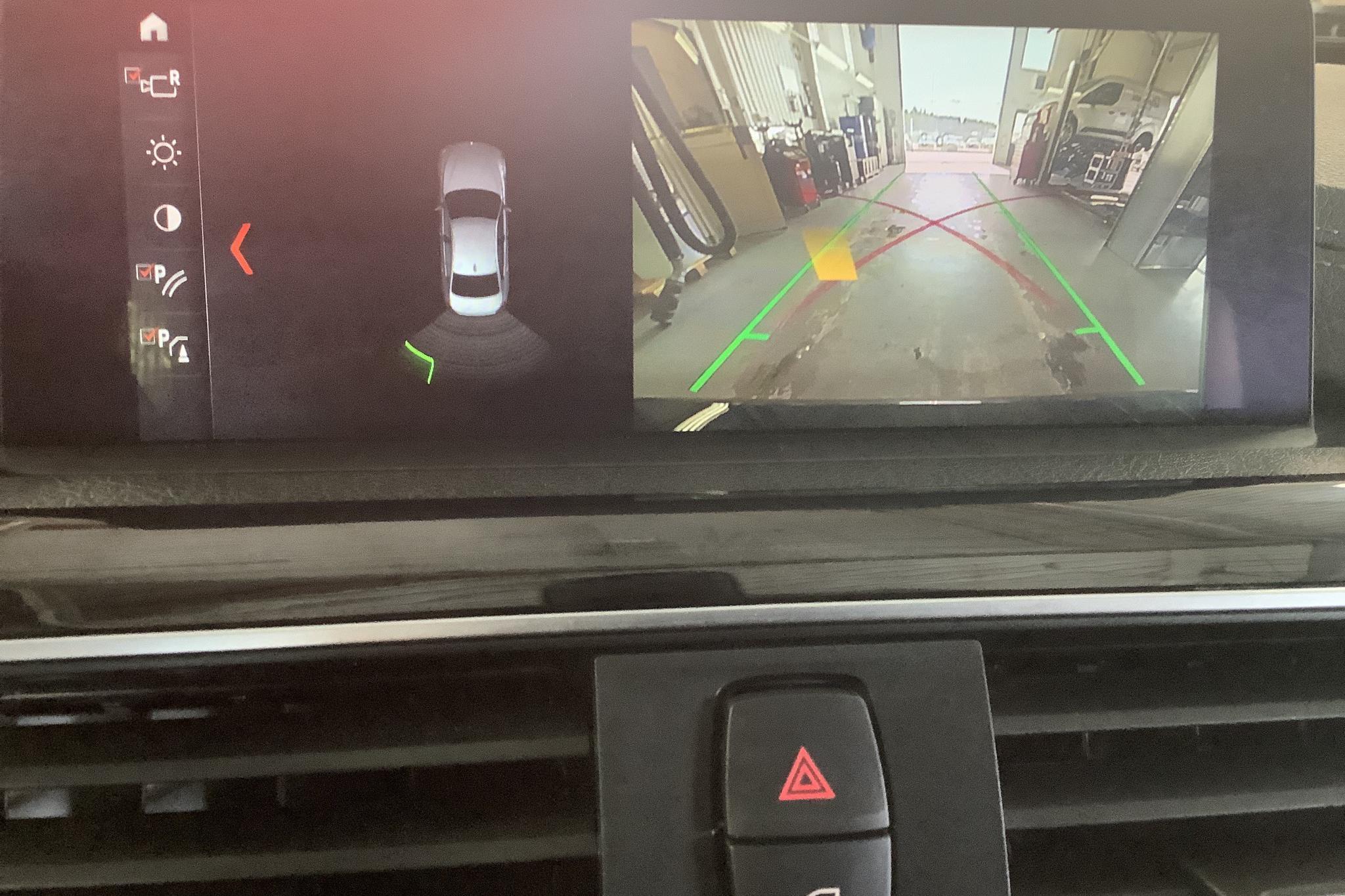 BMW 330e Sedan, F30 (252hk) - 3 802 mil - Automat - svart - 2018