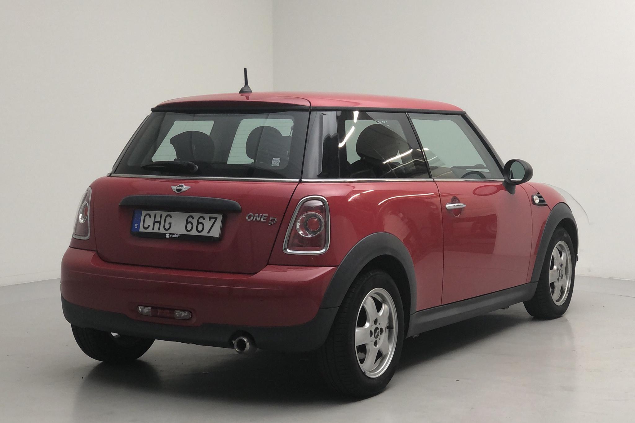 MINI One D 1.6 (90hk) - 12 968 mil - Manuell - röd - 2011