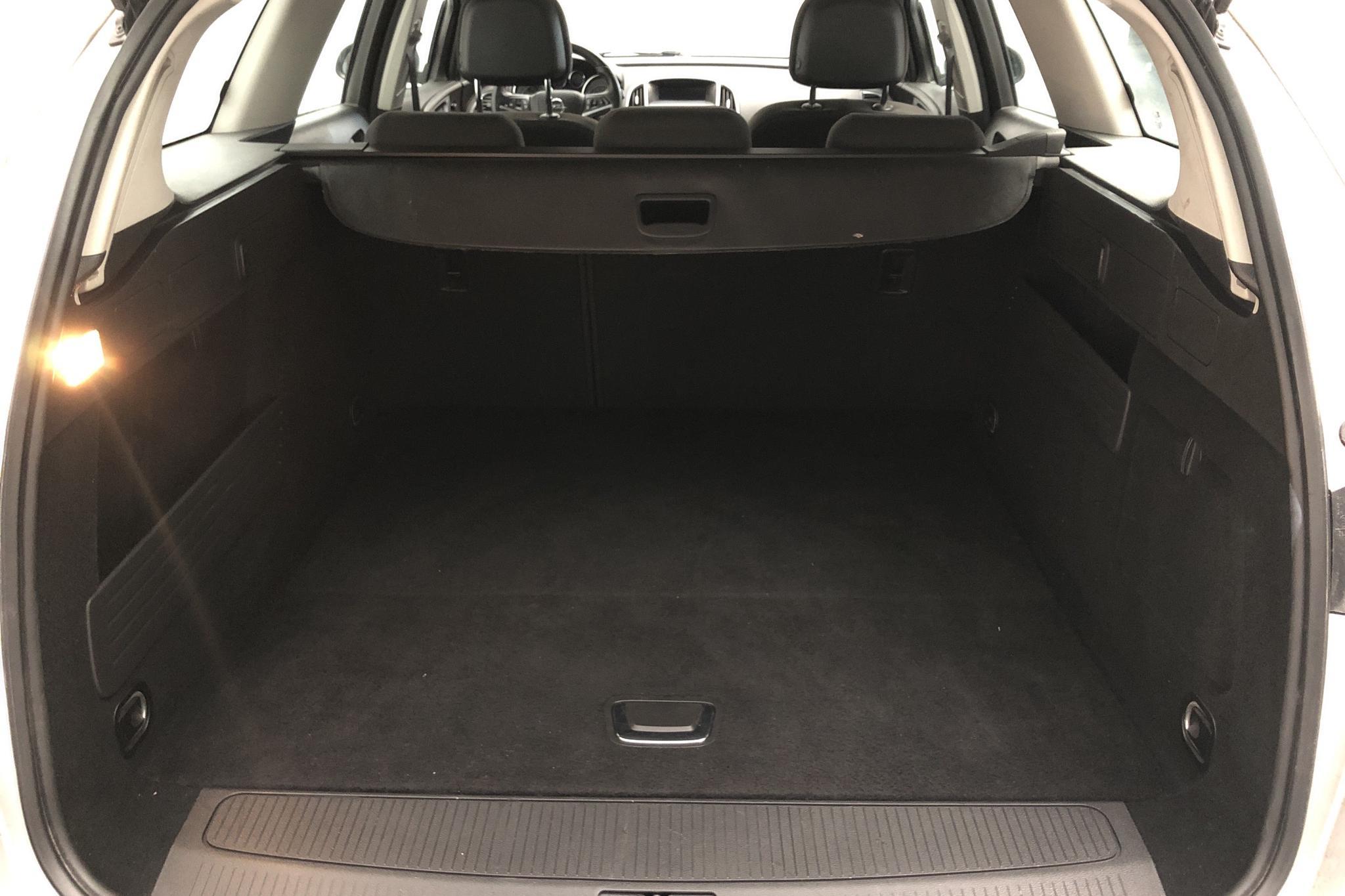 Opel Astra 1.7 CDTI ecoFLEX Sports Tourer (110hk) - 13 514 mil - Manuell - grå - 2013