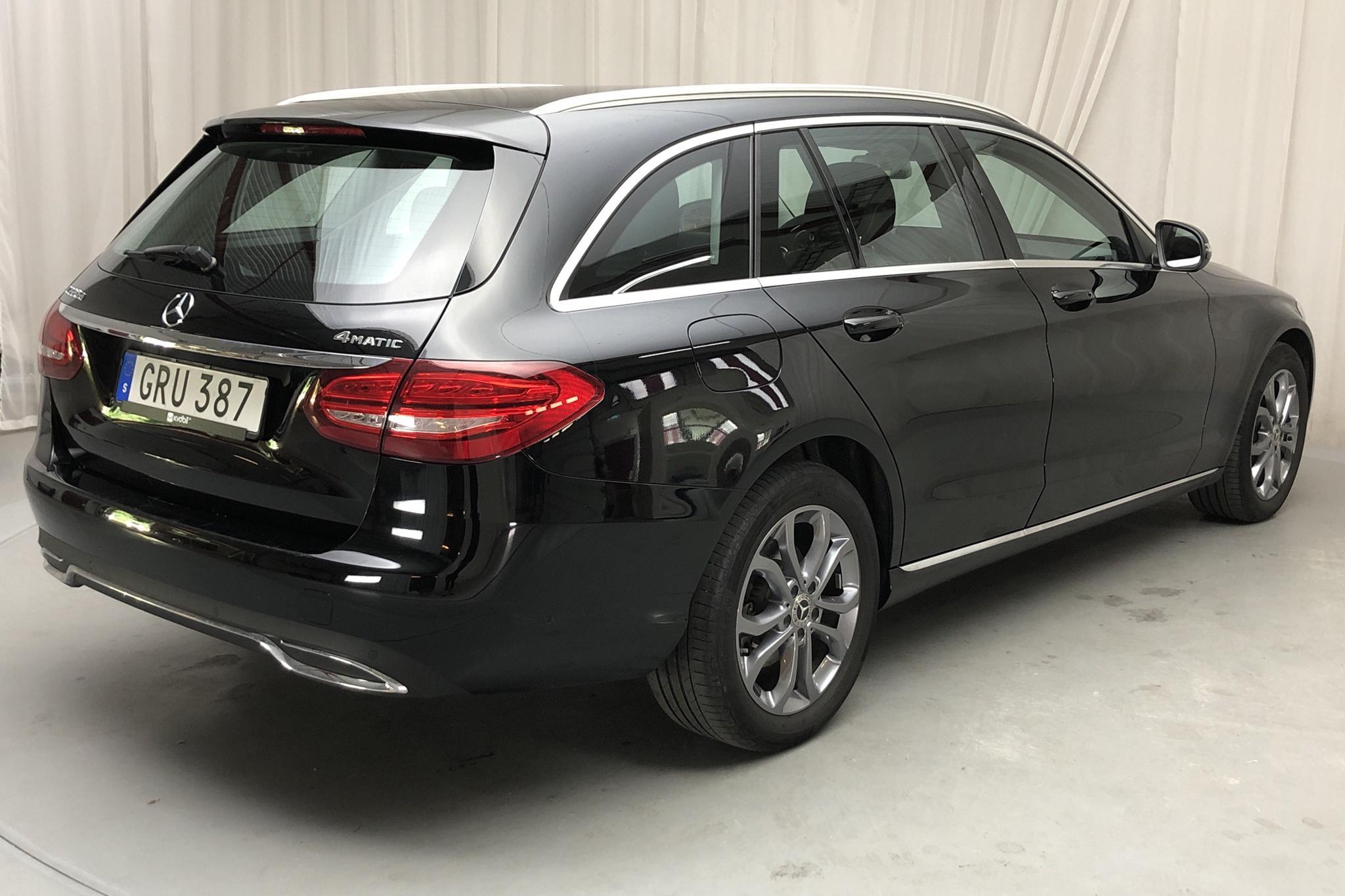 Mercedes C 220 d 4MATIC Kombi S205 (170hk) - 57 570 km - Automatic - black - 2018