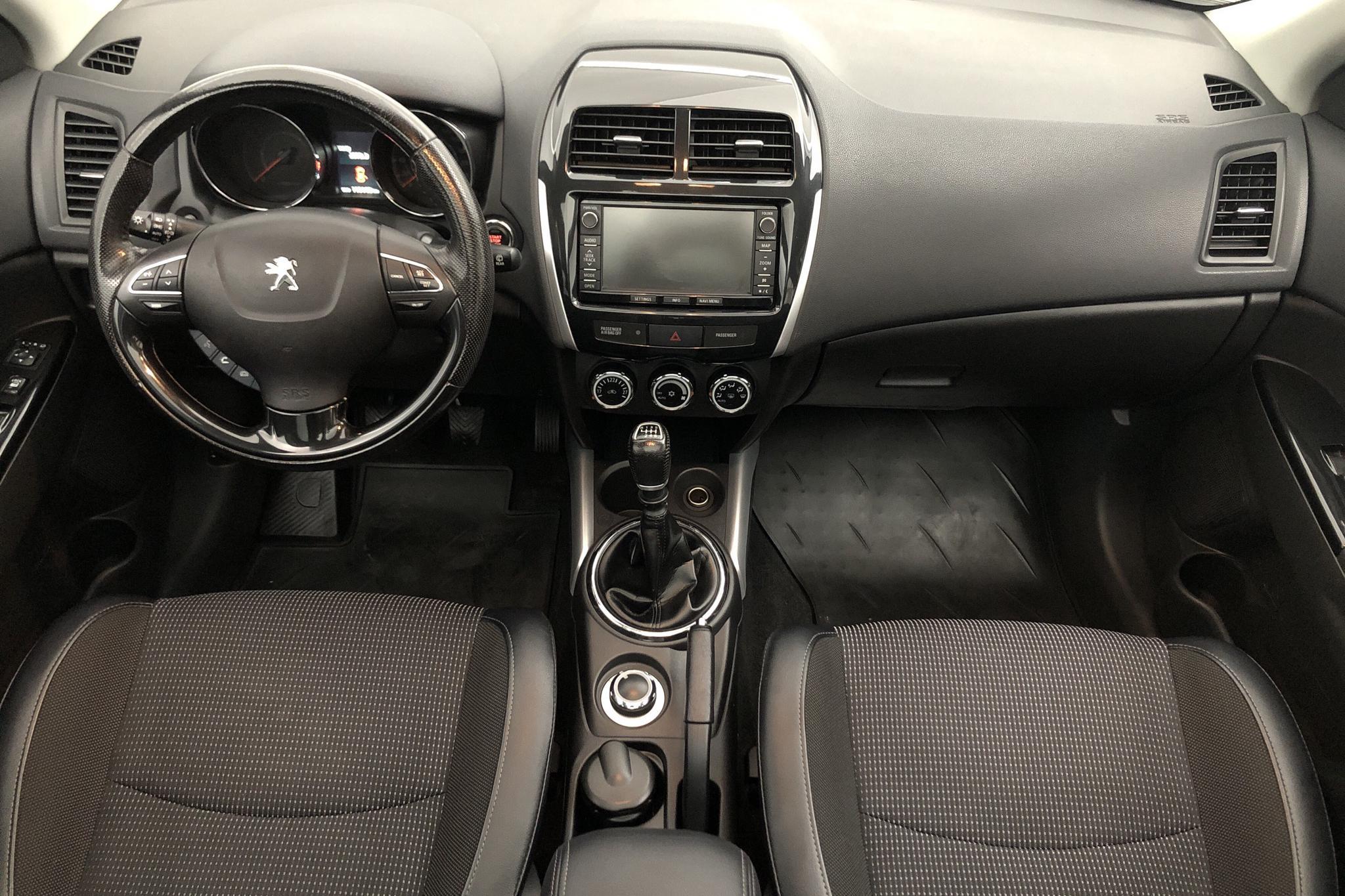 Peugeot 4008 e-Hdi (115hk) - 11 015 mil - Manuell - silver - 2016