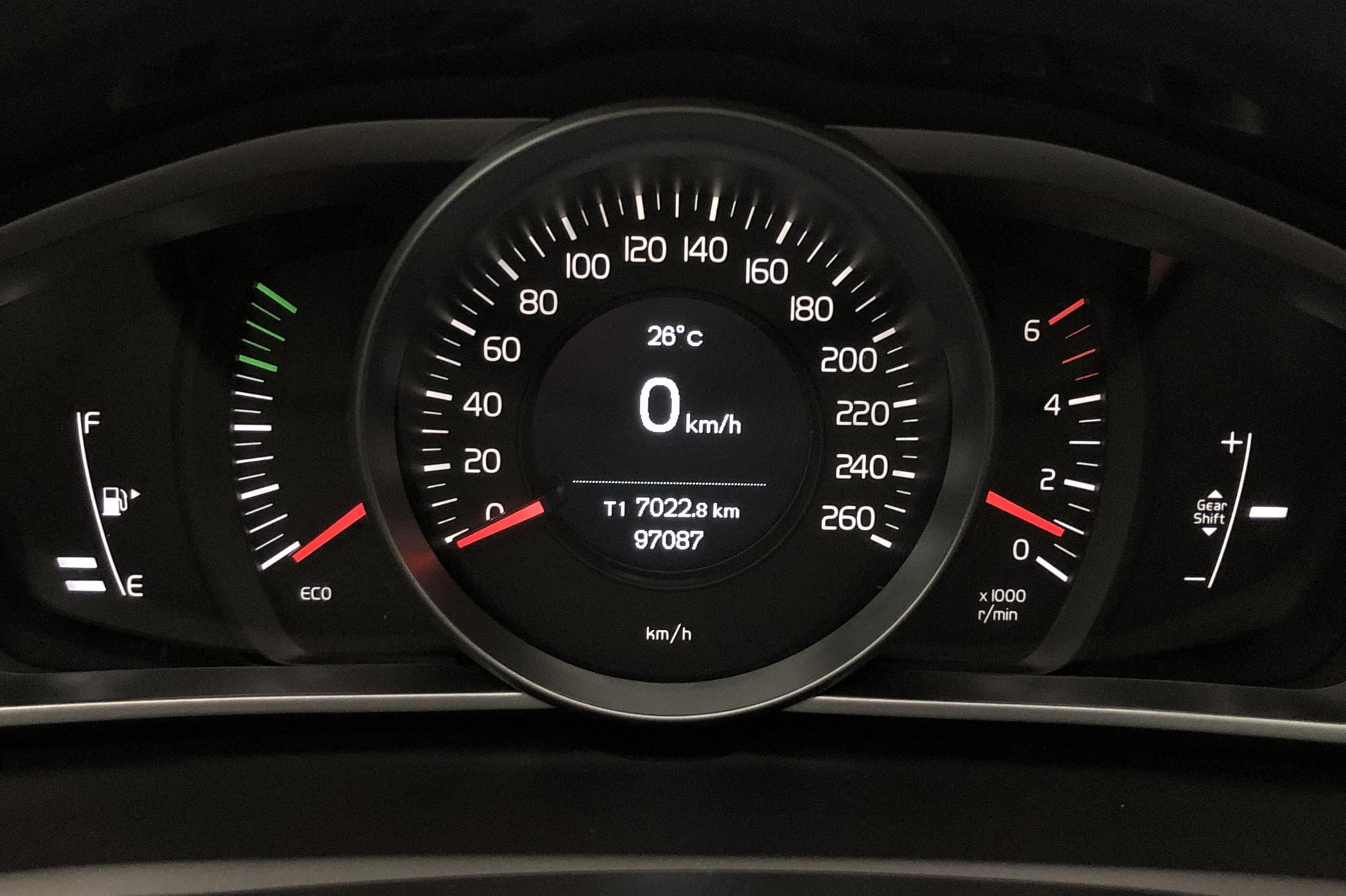 Volvo V40 Cross Country D3 (150hk) - 9 708 mil - Manuell - Dark Blue - 2018