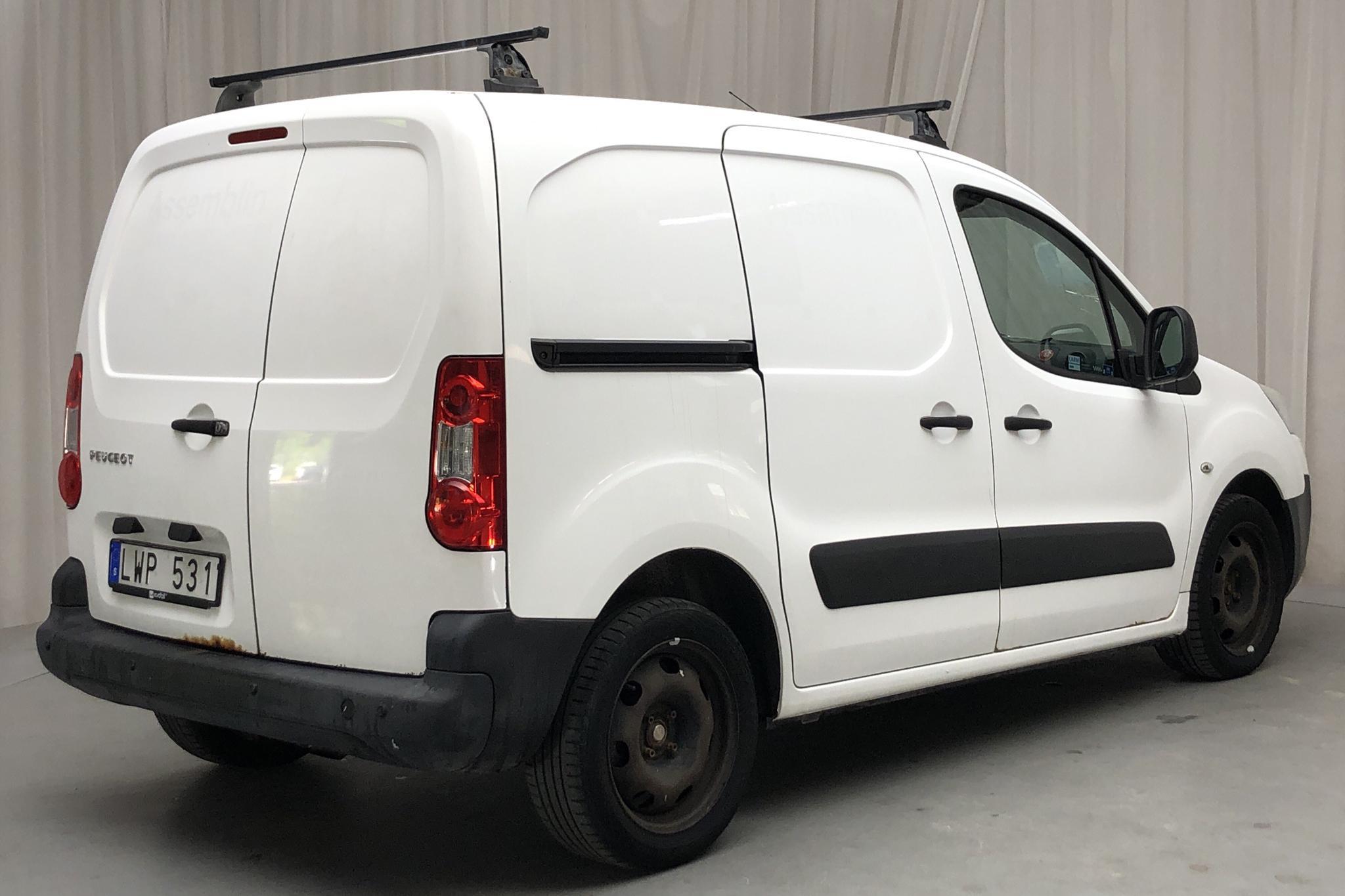 Peugeot Partner 1.6 HDI Skåp (90hk) - 21 349 mil - Manuell - vit - 2011
