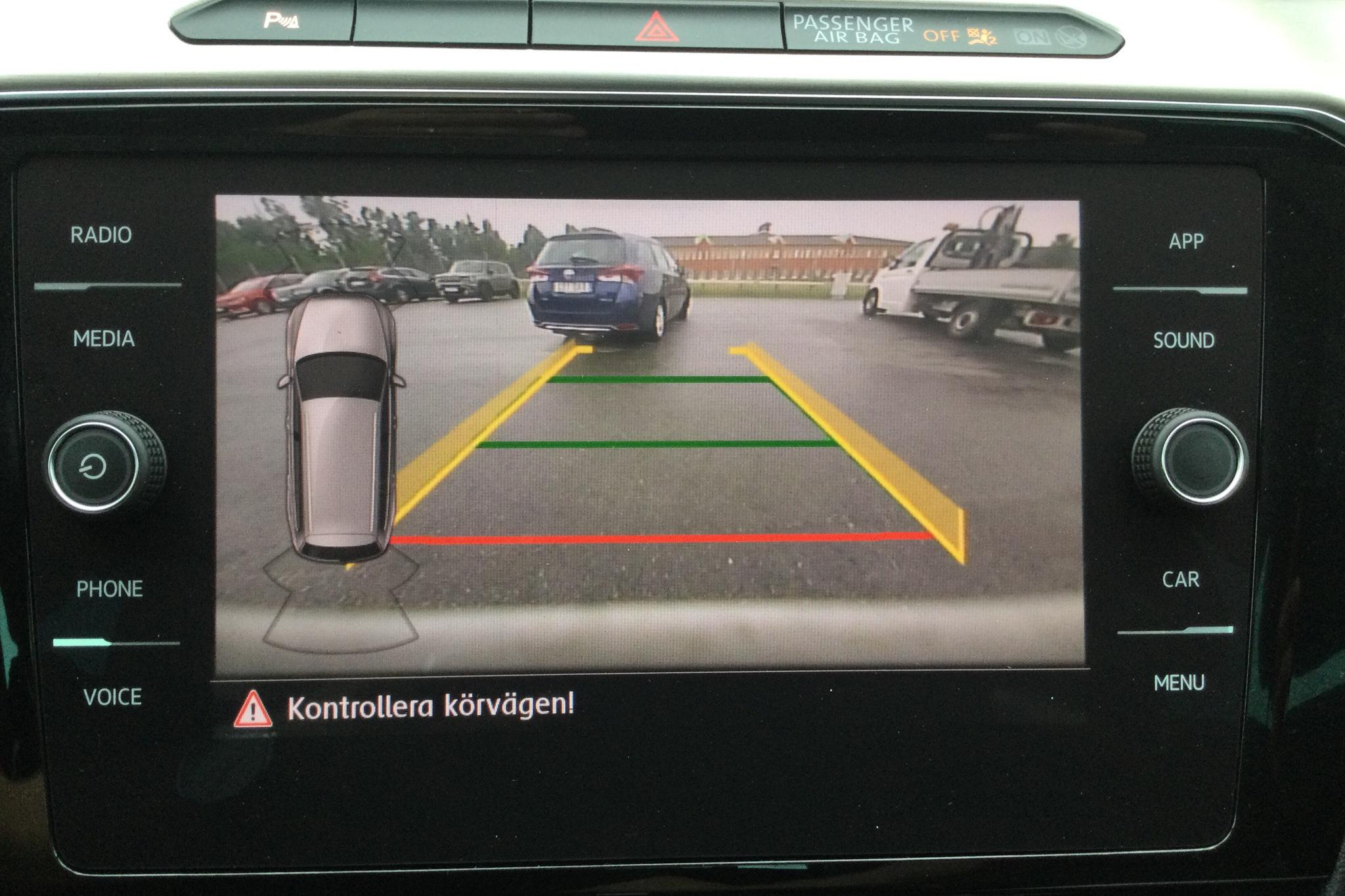 VW Passat Alltrack 2.0 TDI Sportscombi 4MOTION (190hk) - 10 552 mil - Automat - vit - 2018