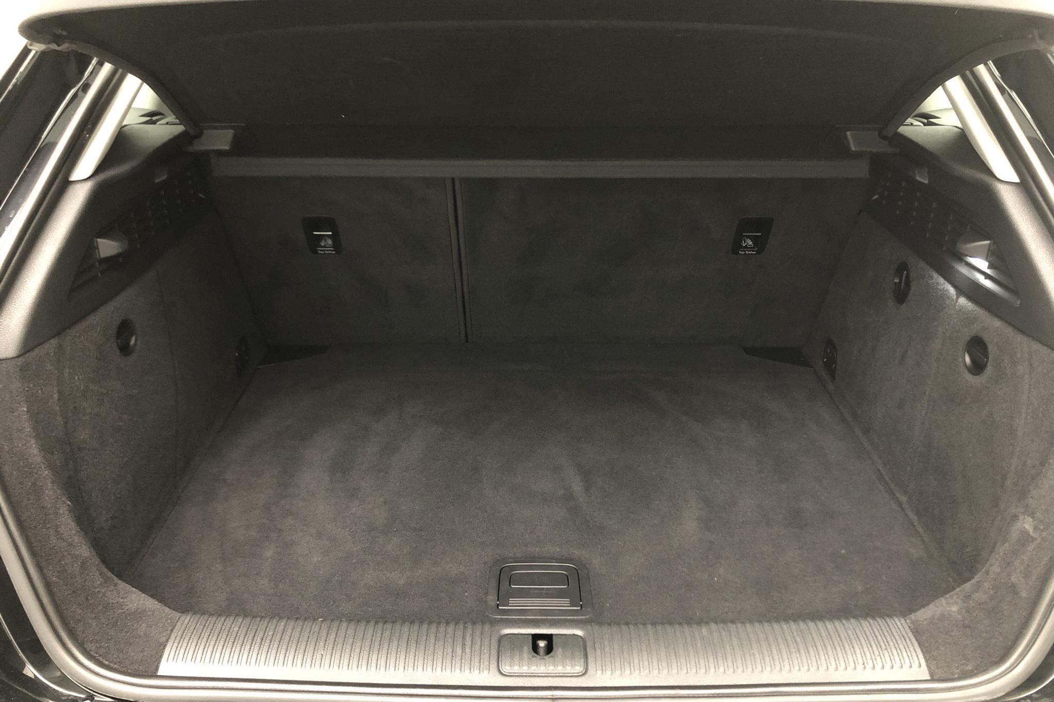 Audi A3 2.0 TDI Sportback quattro (150hk) - 9 993 mil - Manuell - svart - 2015