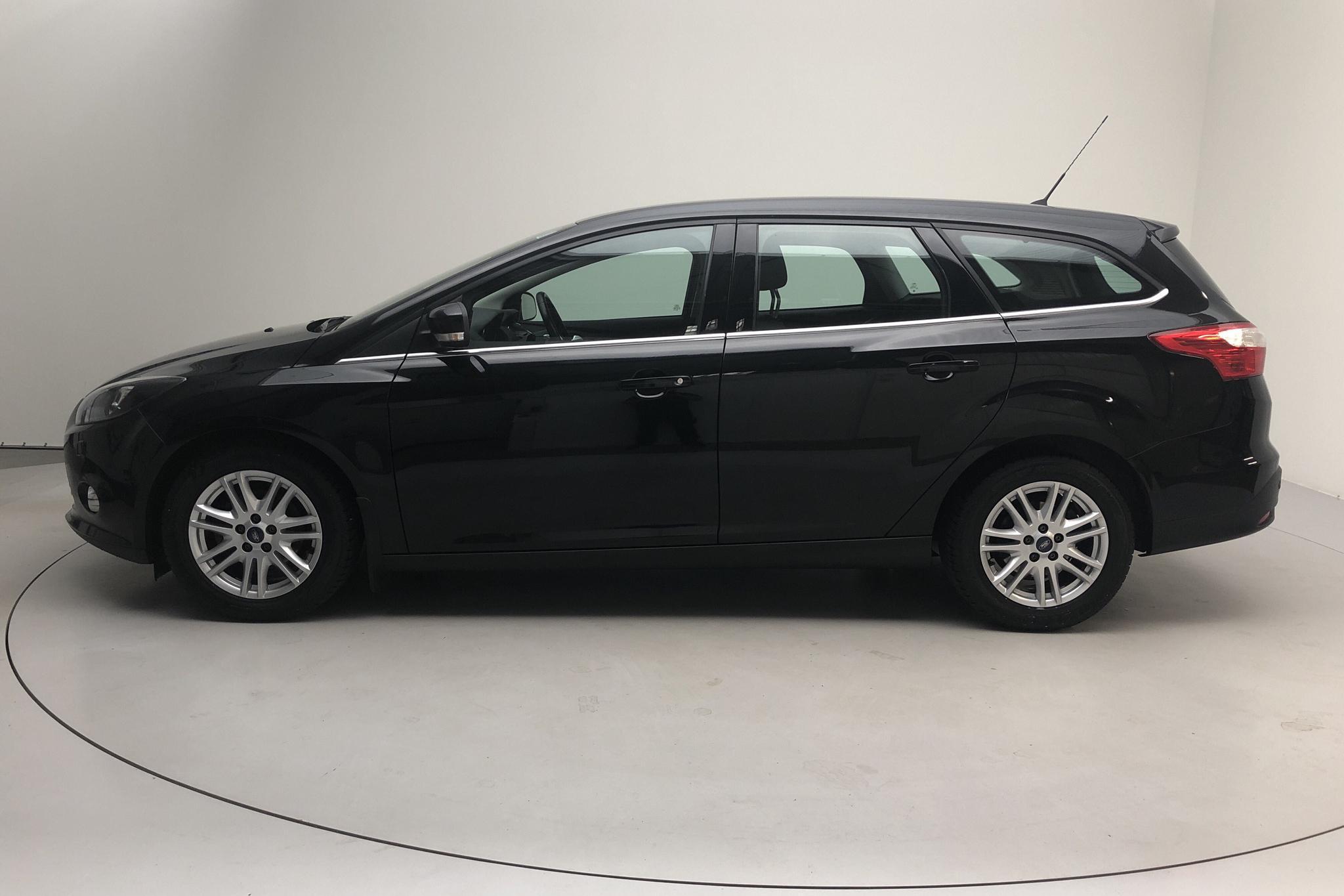 Ford Focus 1.0 EcoBoost Kombi (125hk) - 100 420 km - Manual - black - 2014