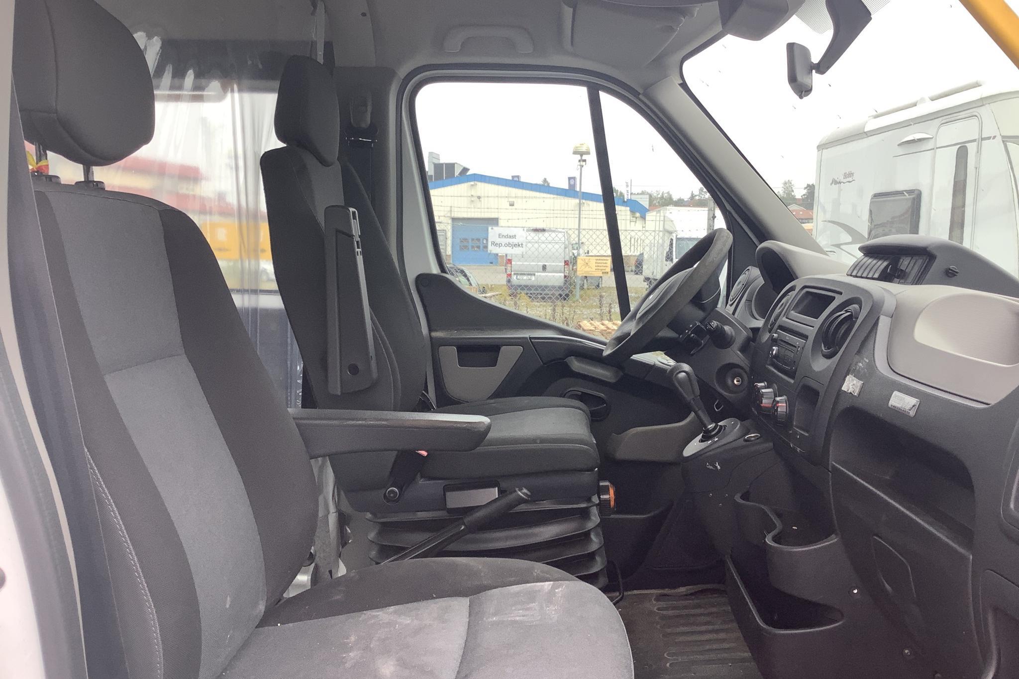 Renault Master MPV 2.3 dCi (125hk) - 46 000 mil - Automat - vit - 2014