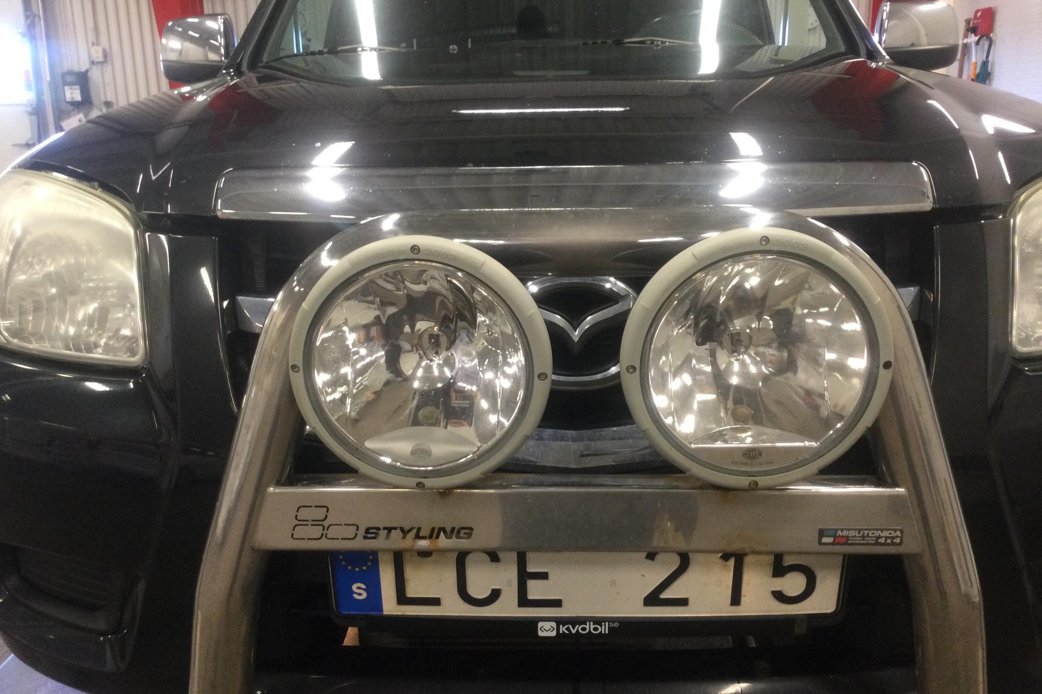 Mazda BT-50 2.5D 4X4 (143hk) - 257 440 km - Manual - black - 2011