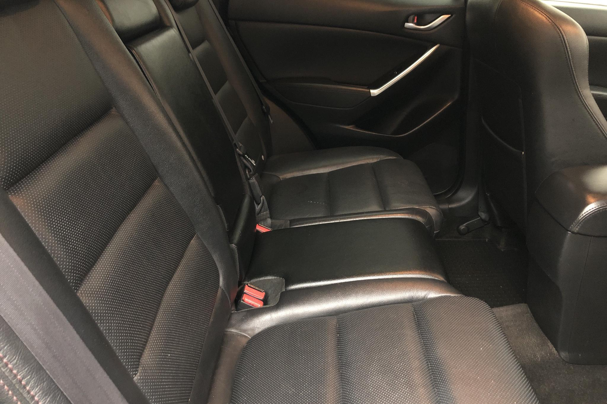 mazda CX-5 2.2 DE AWD (175hk) - 12 583 mil - Automat - vit - 2016