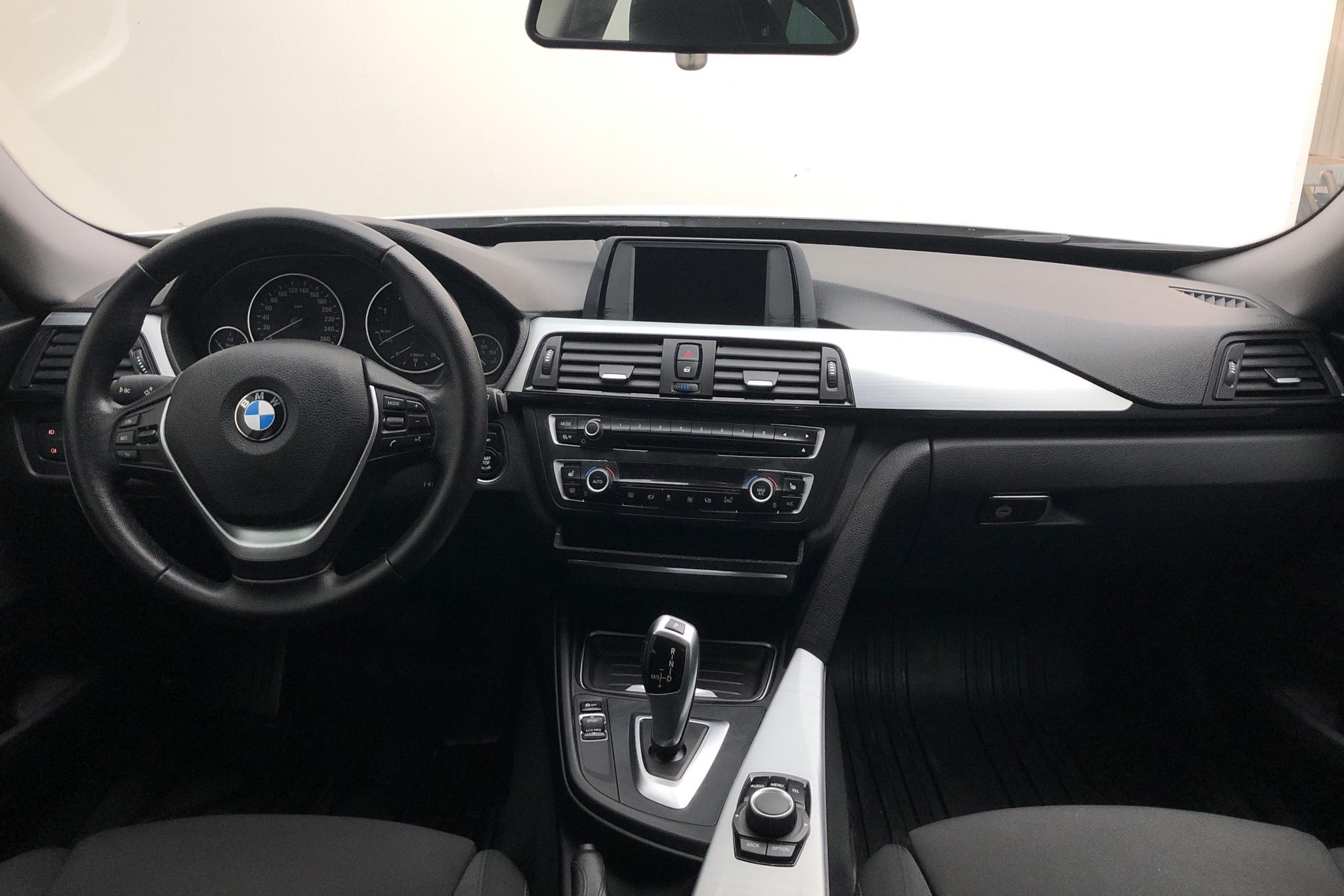 BMW 320d GT xDrive, F34 (184hk) - 110 150 km - Automatic - white - 2015
