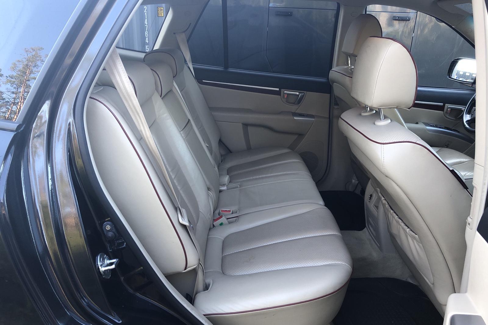 Hyundai Santa Fé 2.2 CRDi (155hk) - 200 190 km - Automatic - black - 2007