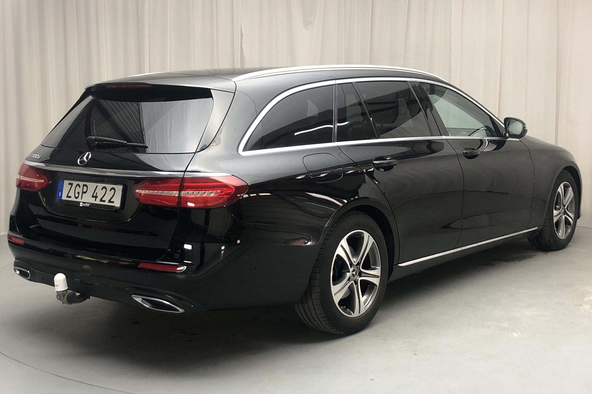 Mercedes E 200 d Kombi S213 (150hk) - 64 280 km - Automatic - black - 2019