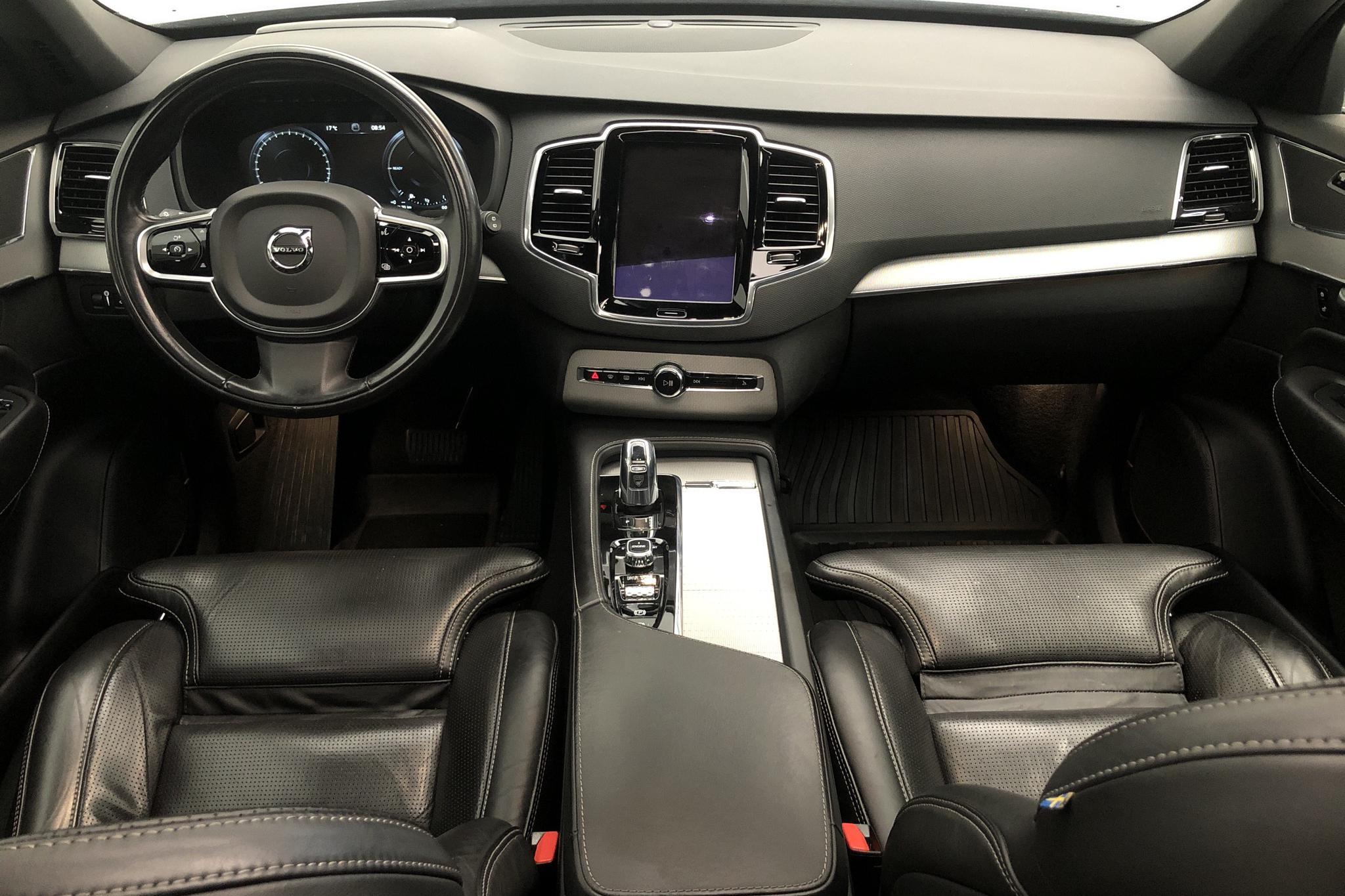 Volvo XC90 T8 AWD Twin Engine (400hk) - 9 123 mil - Automat - vit - 2017