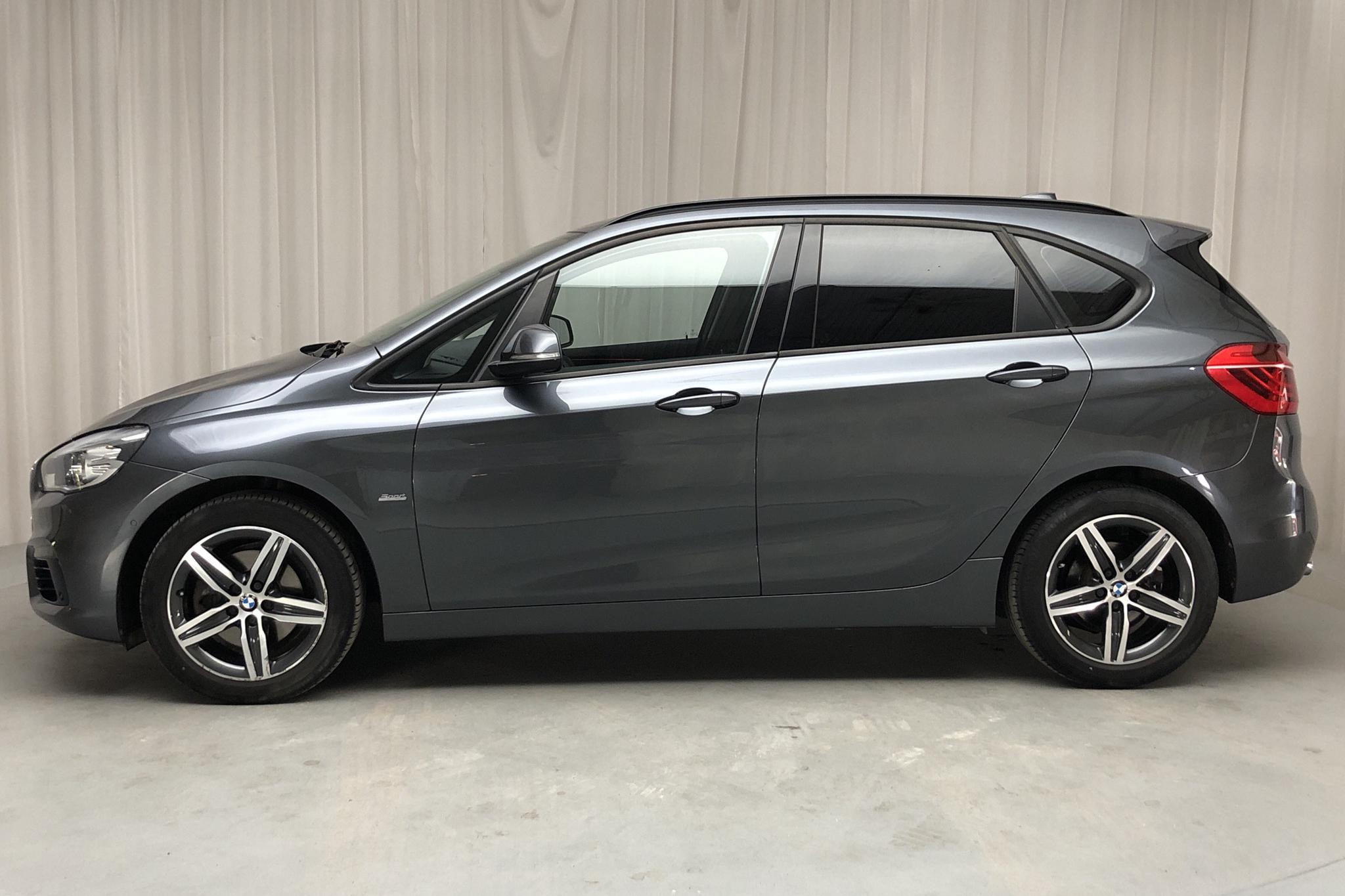 BMW 220d Active Tourer, F45 (190hk) - 87 720 km - Automatic - gray - 2016