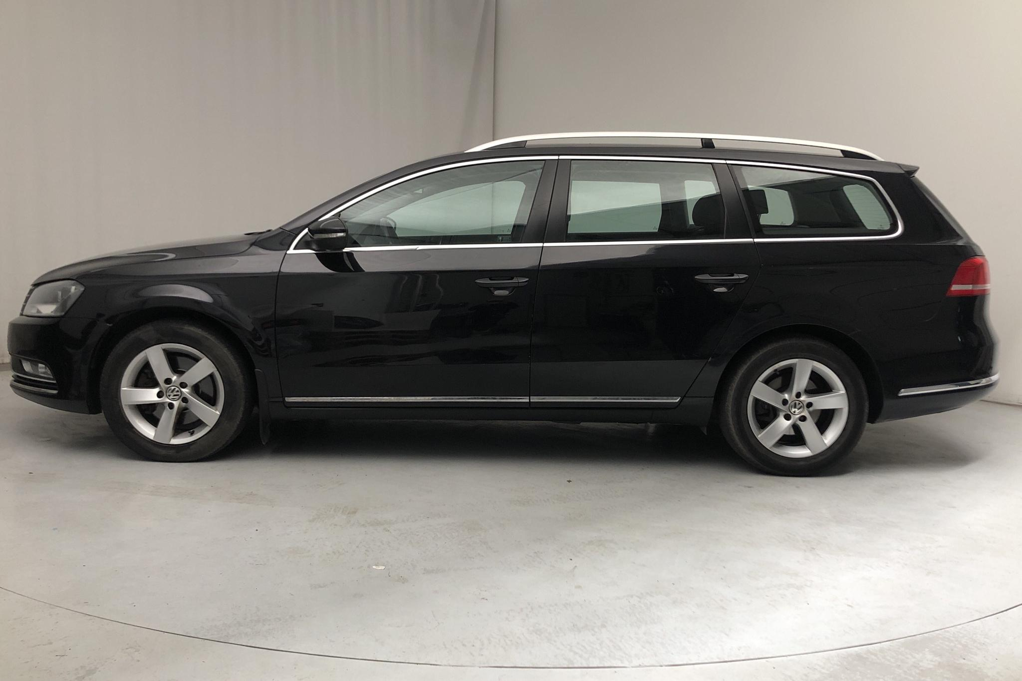 VW Passat 1.4 TSI EcoFuel Variant (150hk) - 165 010 km - Manual - black - 2011