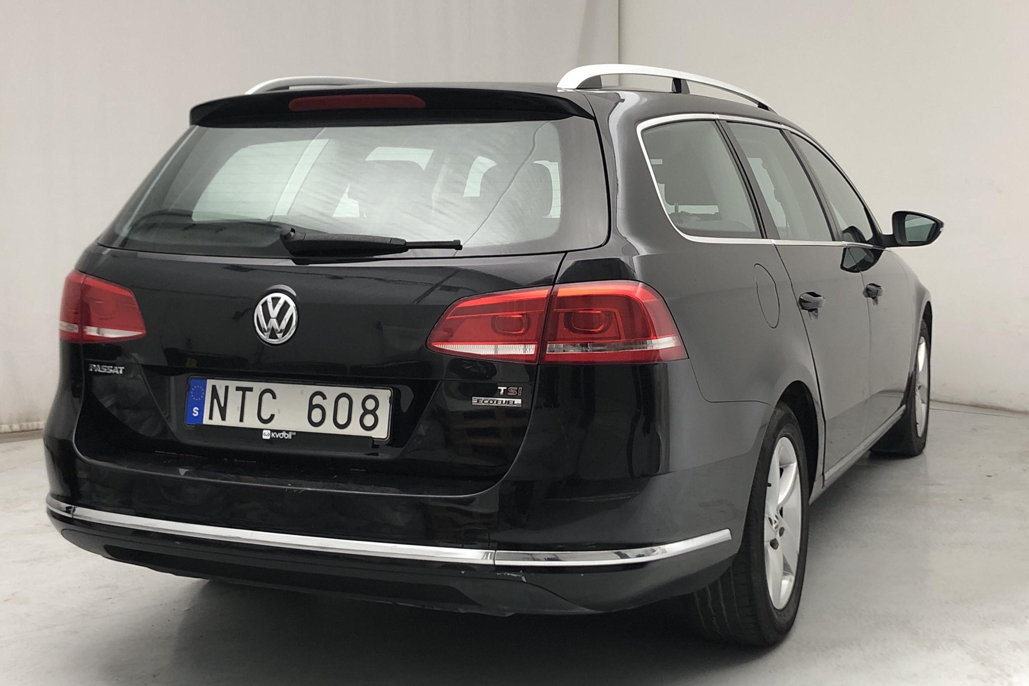 VW Passat 1.4 TSI EcoFuel Variant (150hk) - 16 501 mil - Manuell - svart - 2011