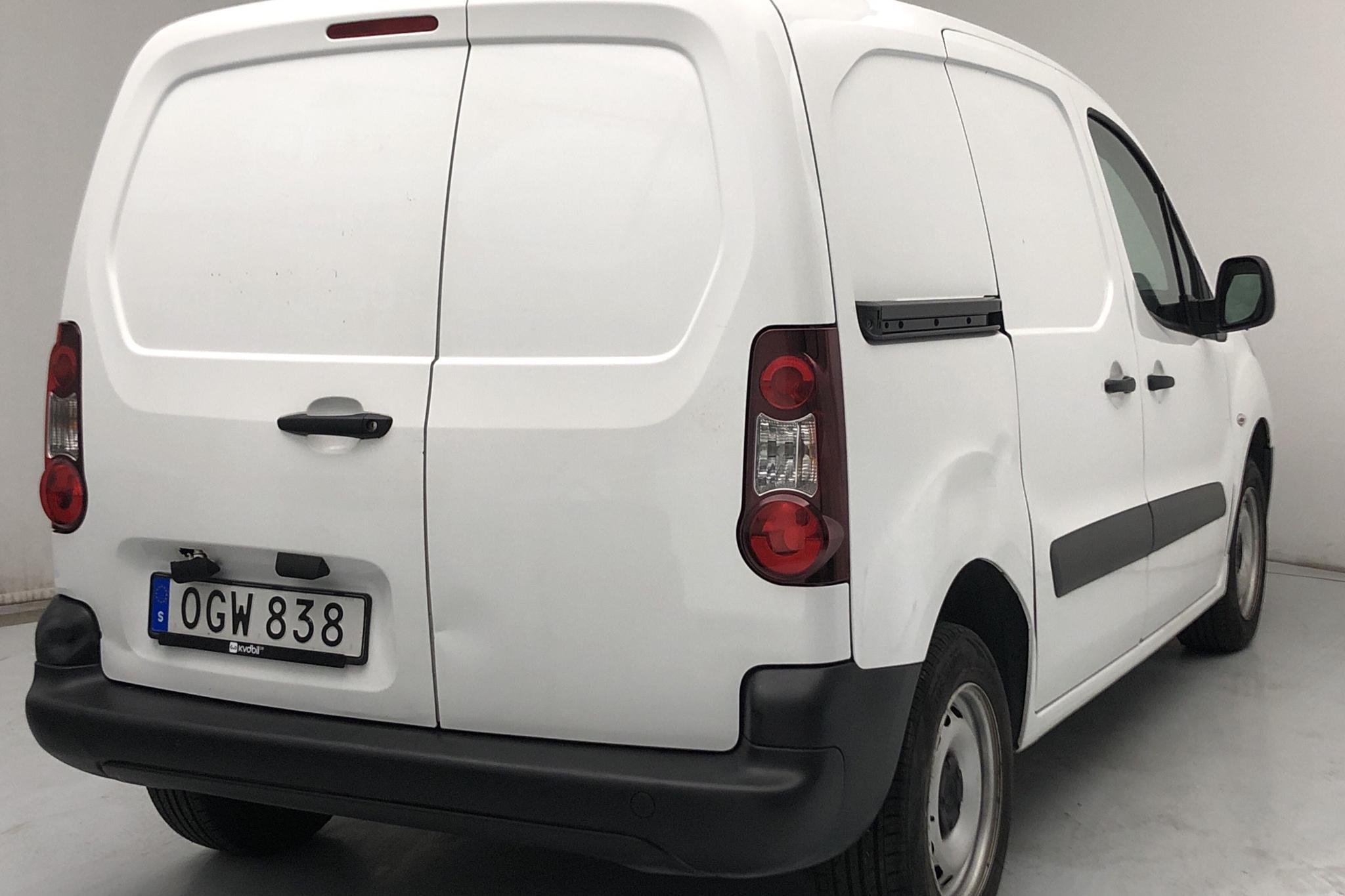 Citroen Berlingo 1.6 BlueHDi Skåp (75hk) - 181 300 km - Manual - white - 2017