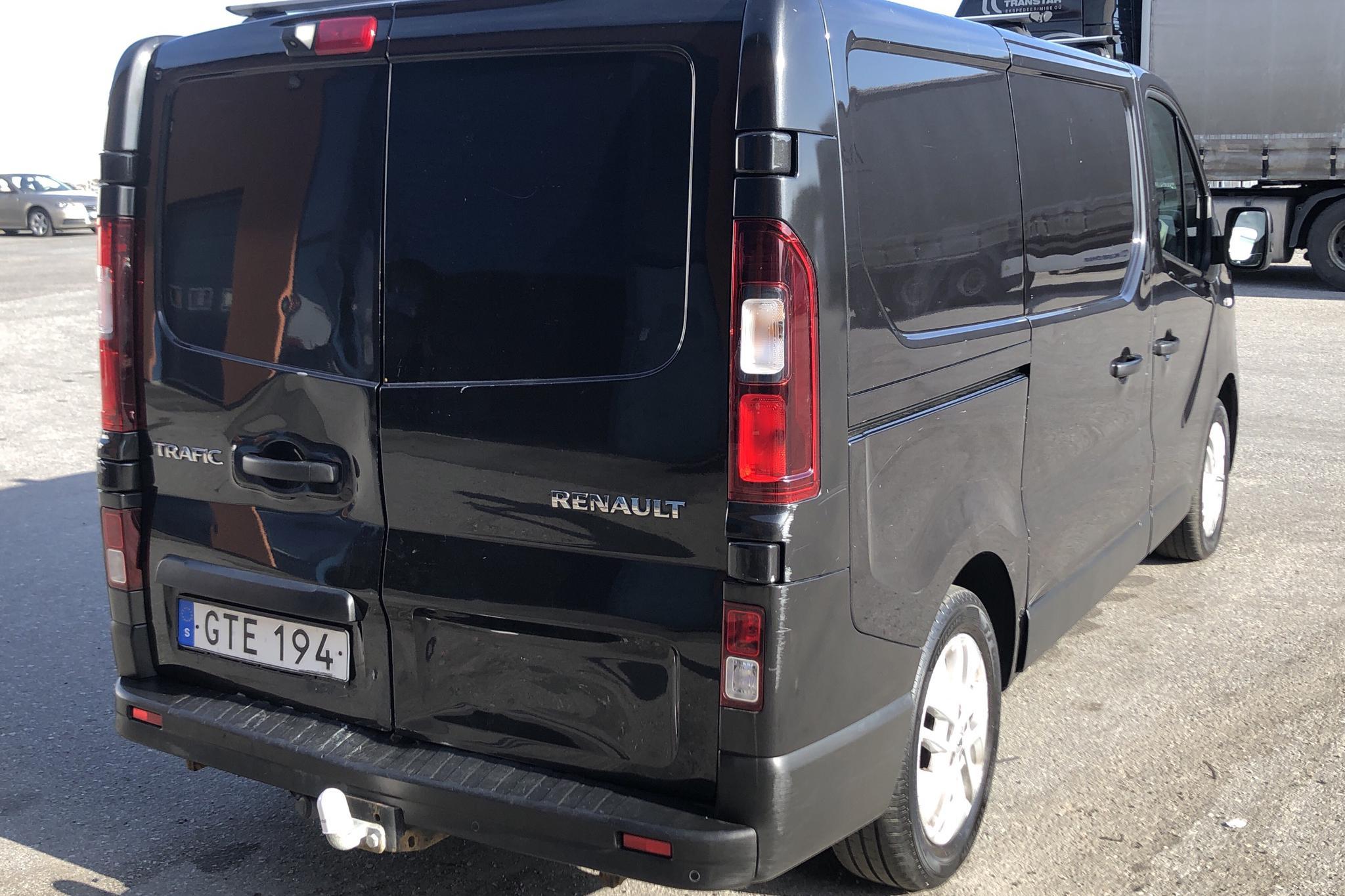 Renault Trafic 1.6 dCi Skåp (140hk) - 144 070 km - Manual - black - 2015