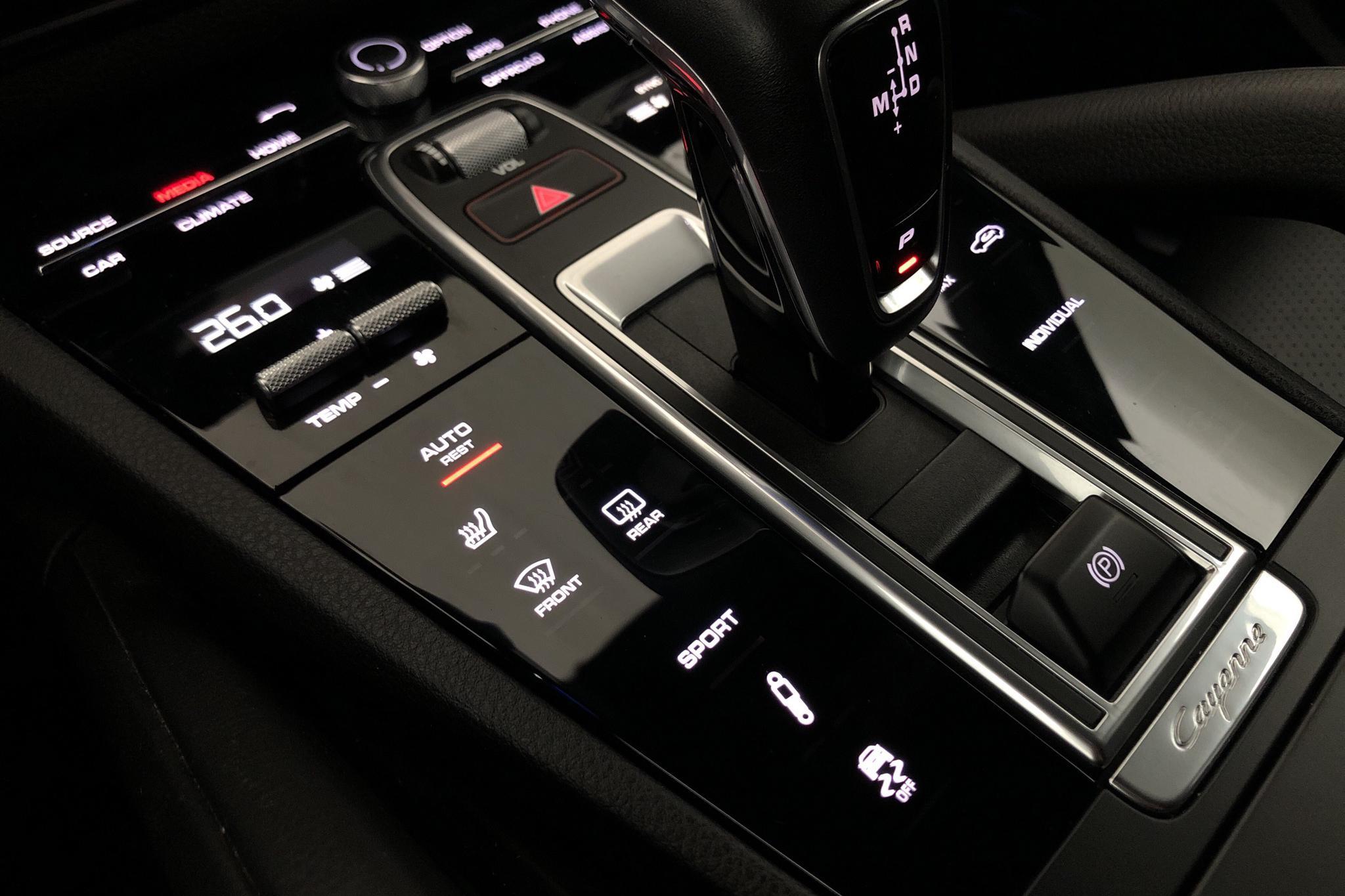 Porsche Cayenne (340hk) - 6 592 mil - Automat - svart - 2019