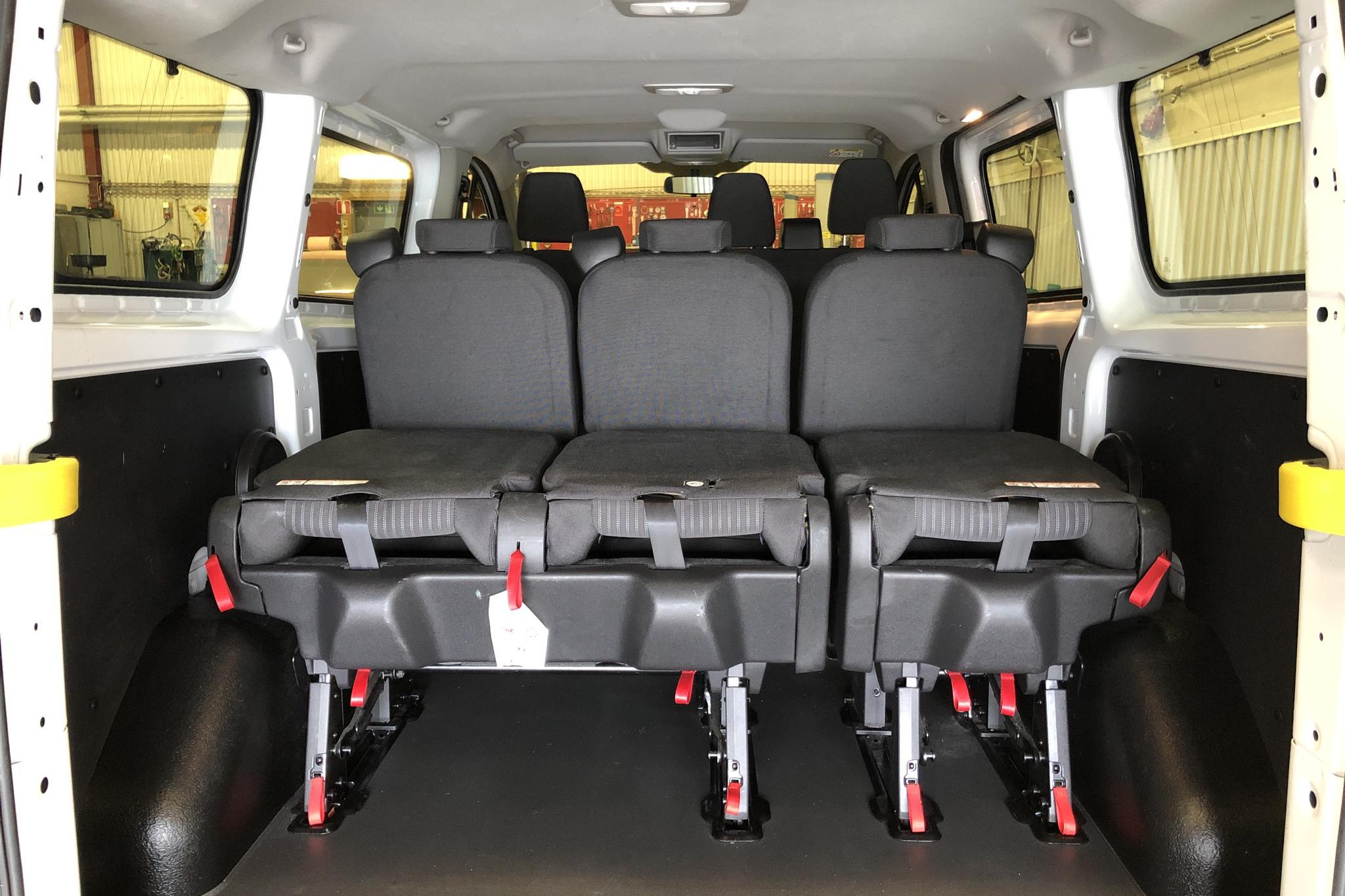 Ford Transit Custom 310 (130hk) - 2 767 mil - Manuell - vit - 2016