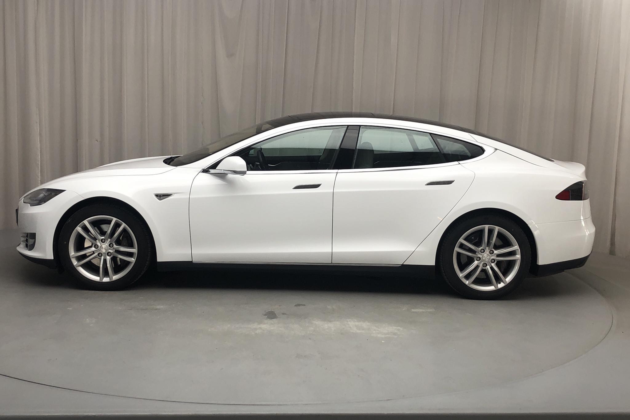 Tesla Model S 85 (367hk) - 115 480 km - Automatic - white - 2014