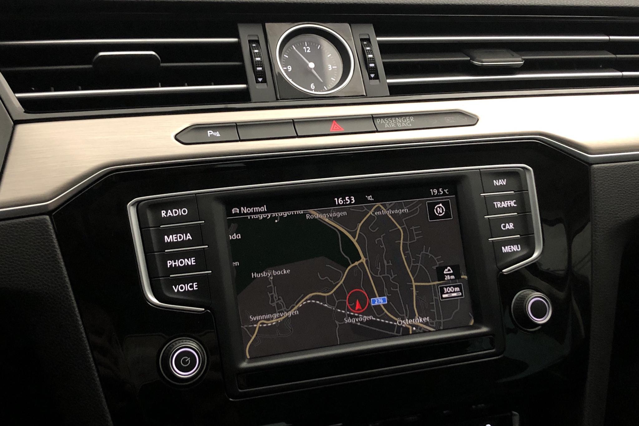 VW Passat 2.0 TDI Sportscombi 4MOTION (190hk) - 9 068 mil - Automat - Dark Blue - 2016