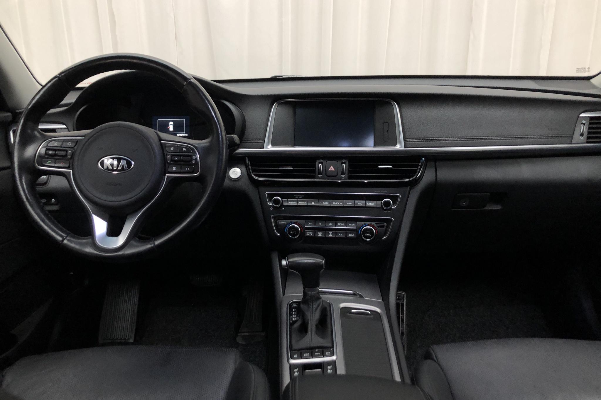 Kia Optima 2.0 GDi Plug-in Hybrid SW (205hk) - 138 920 km - Automatic - white - 2018
