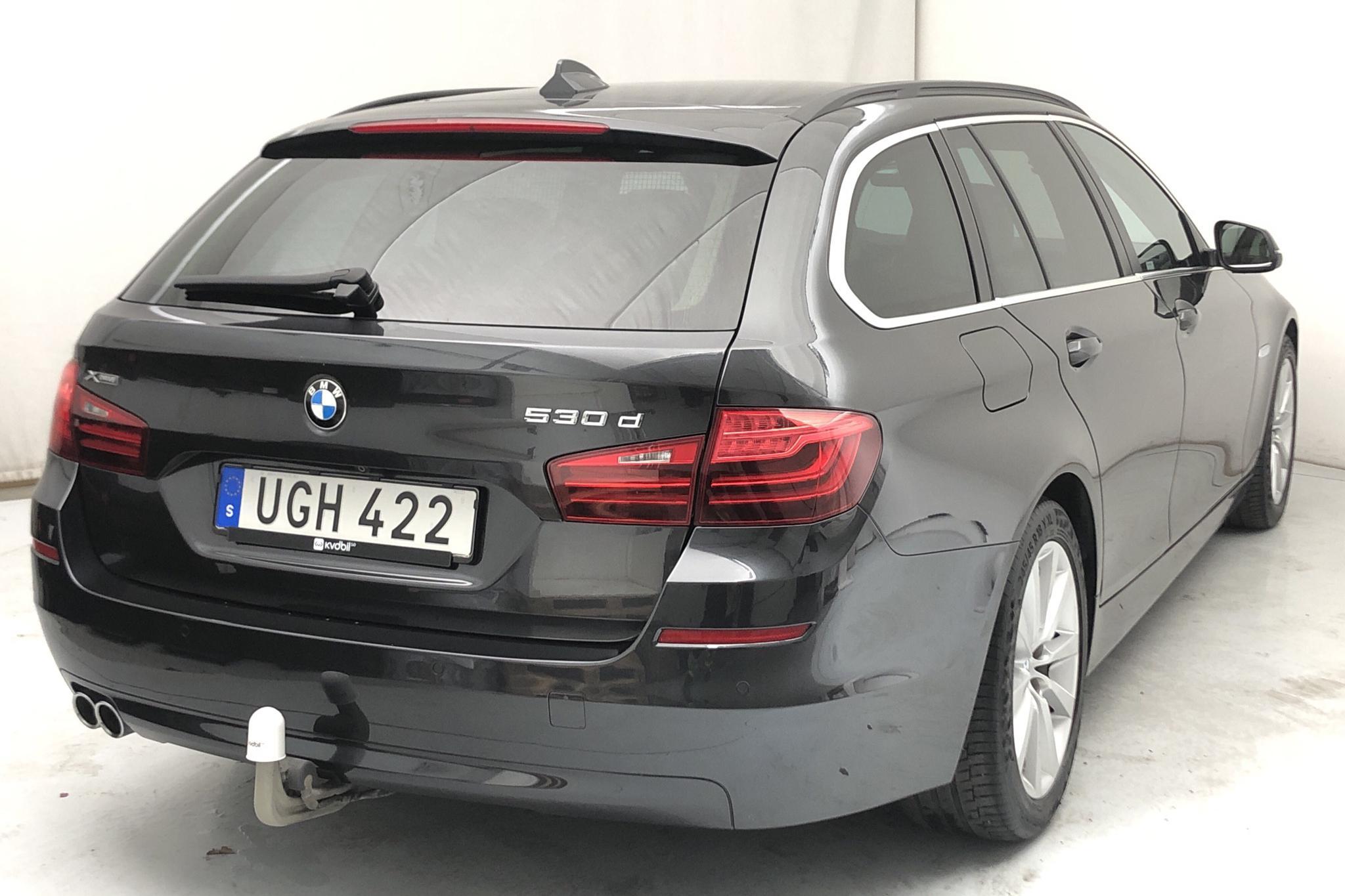 BMW 530d xDrive Touring, F11 (258hk) - 10 017 mil - Automat - grå - 2017