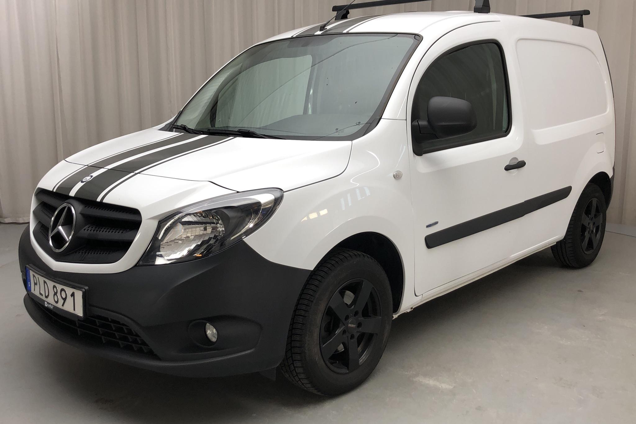 Mercedes Citan 109 1.5 CDI (90hk) - 4 589 mil - Manuell - vit - 2017