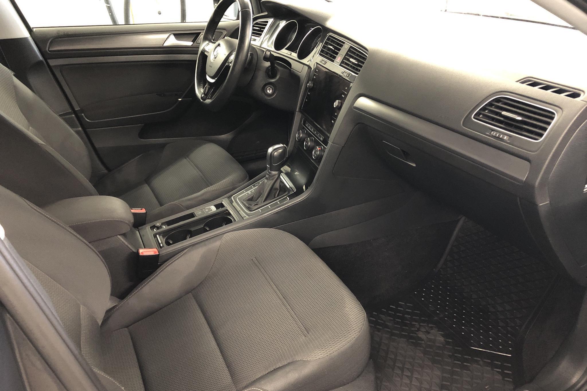 VW Golf VII 1.0 TSI 5dr (110hk) - 3 773 mil - Automat - Dark Grey - 2018
