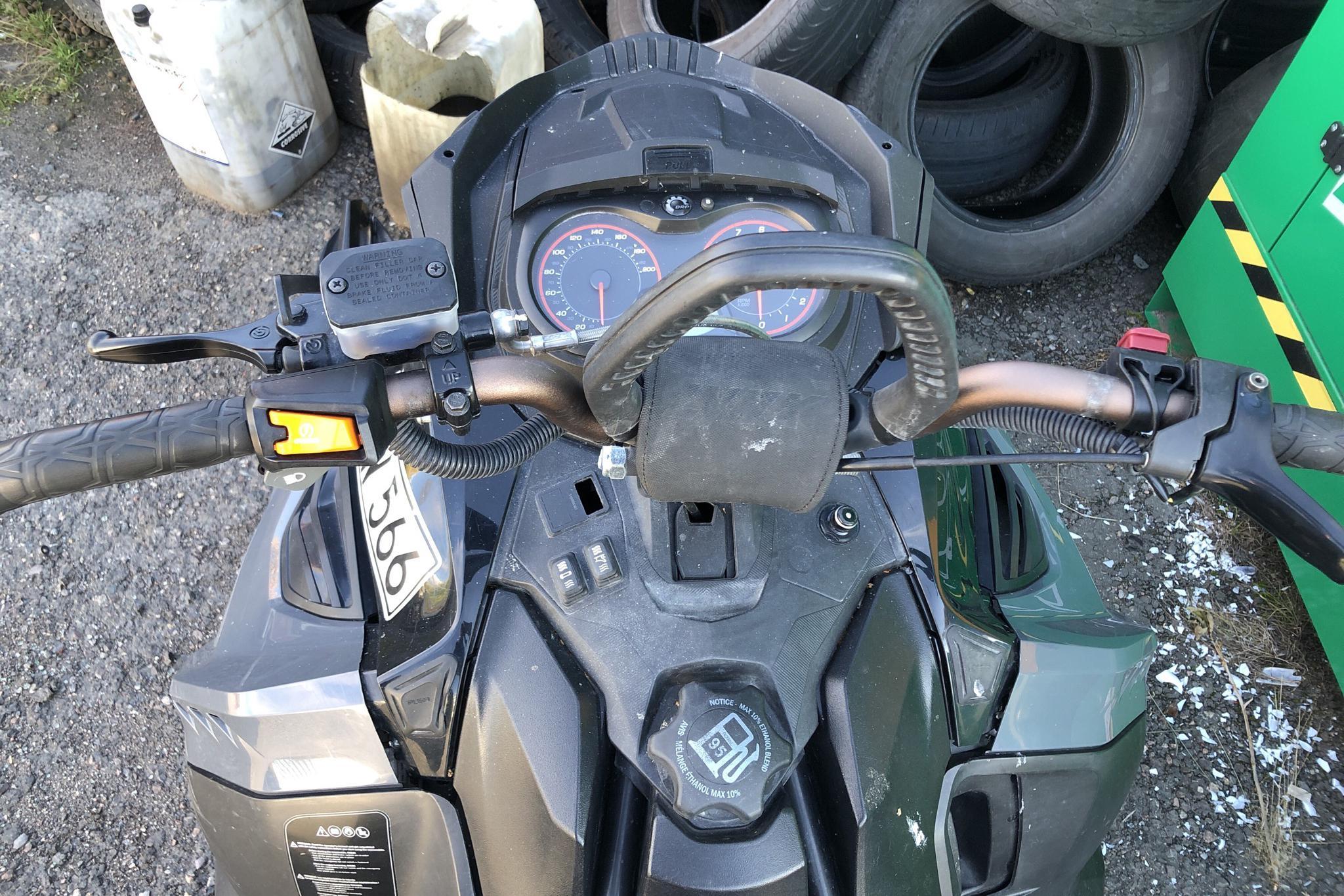 LYNX BOONDOCKER 600 E-TEC 3900 Snöskoter - 466 mil - Automat - Dark Grey - 2014