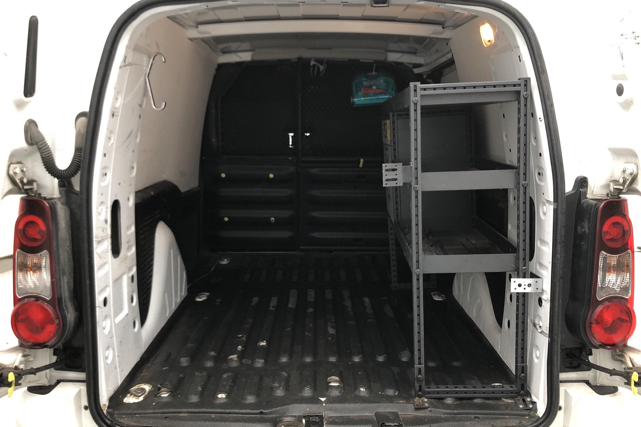 Citroen Berlingo 1.6 BlueHDi Skåp (100hk) - 99 390 km - Manual - white - 2017