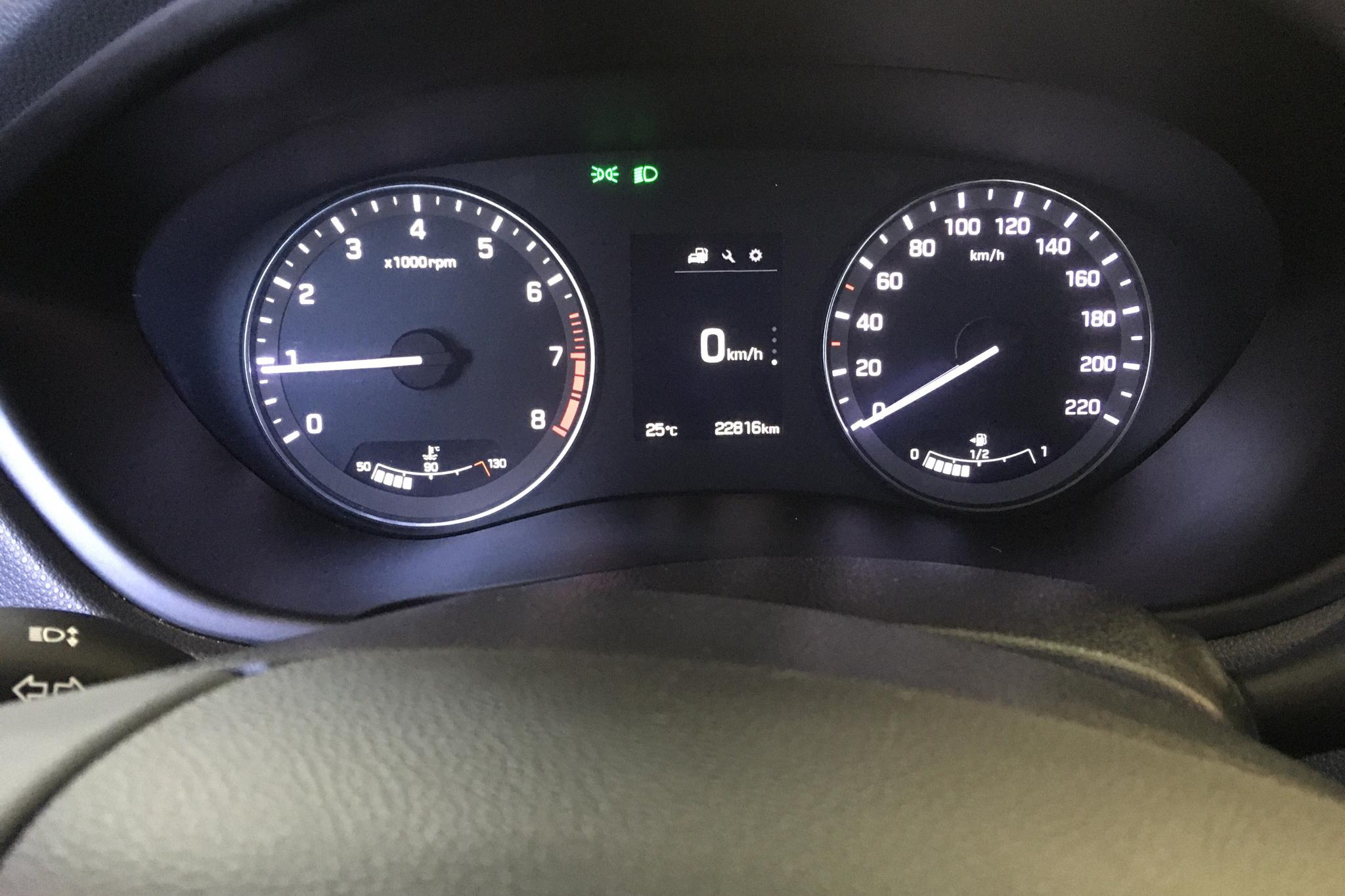 Hyundai i20 1.0t (120hk) - 2 281 mil - Manuell - vit - 2017