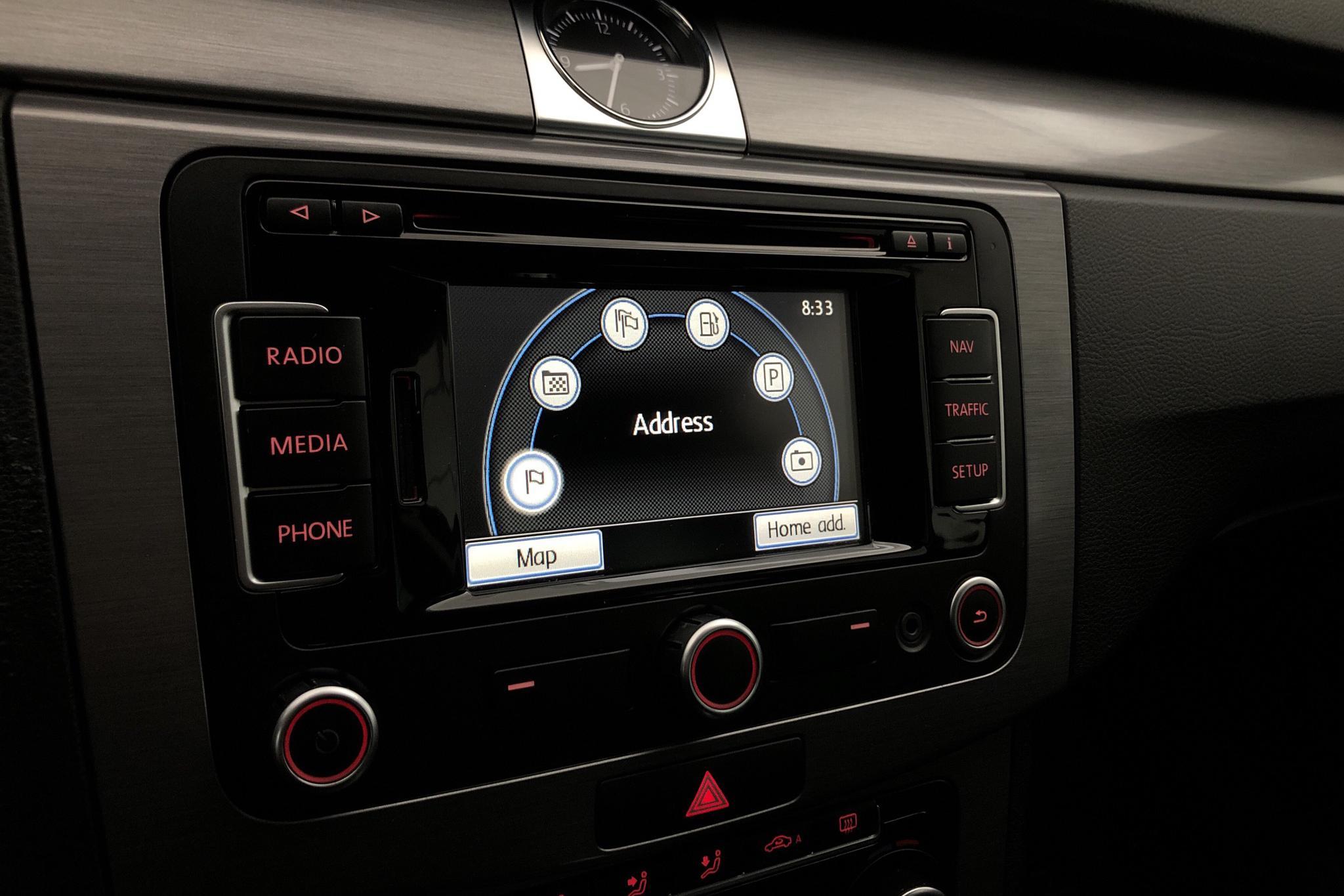 VW Passat 2.0 TDI BlueMotion Technology Variant 4Motion (170hk) - 23 041 mil - Automat - röd - 2011