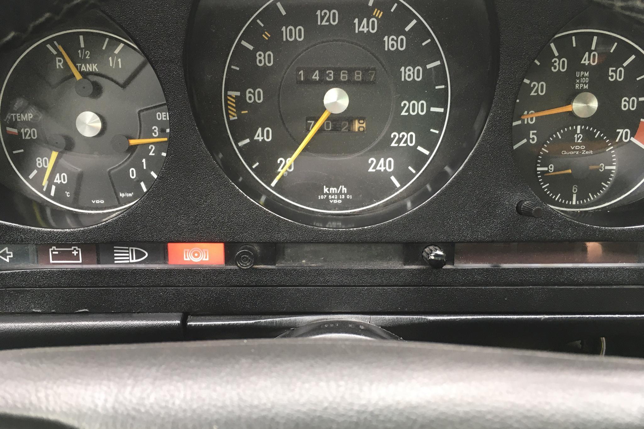 Mercedes SL 280 (185hk) - 14 368 mil - Manuell - Light Grey - 1975