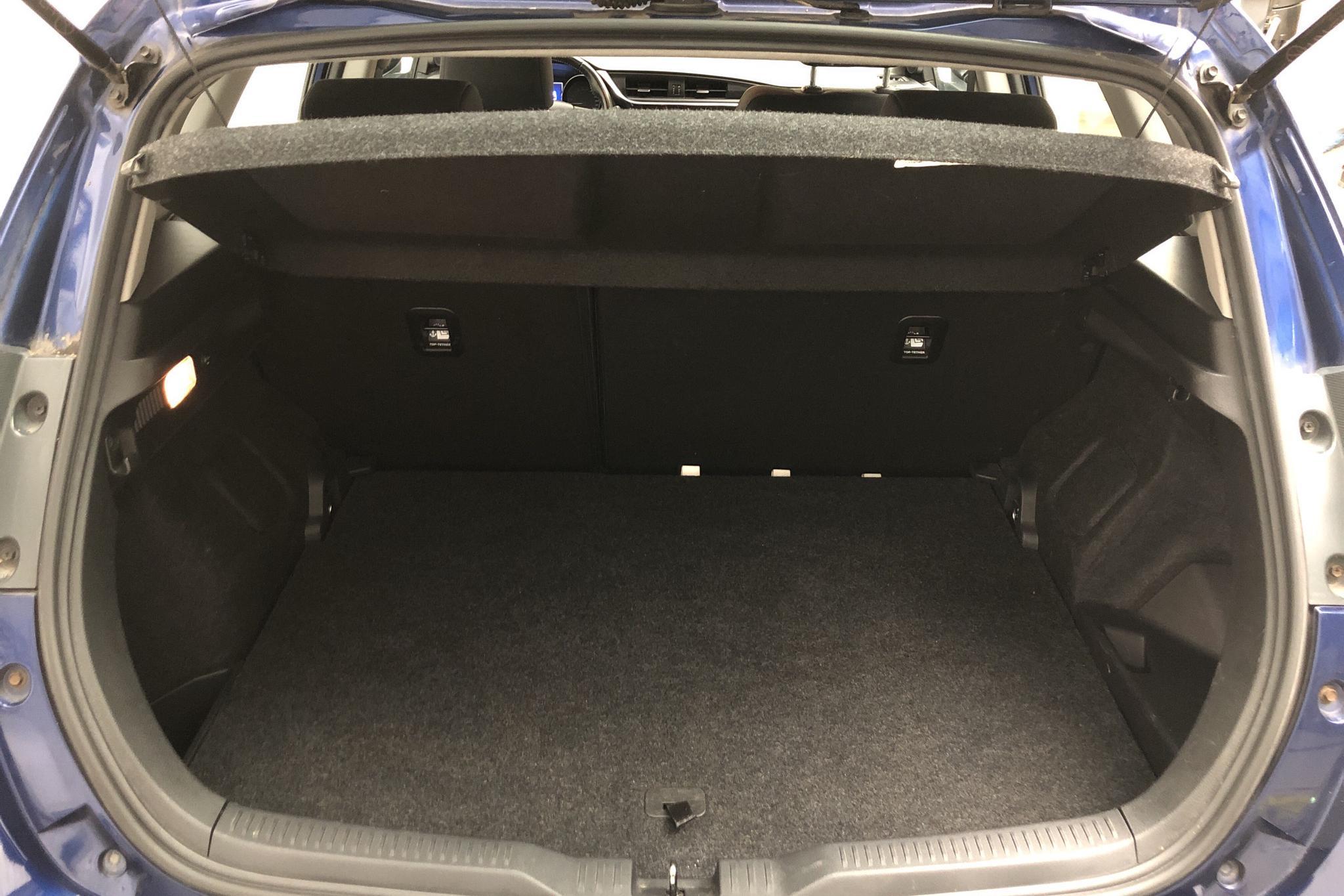 Toyota Auris 1.8 HSD 5dr (99hk) - 153 010 km - Automatic - Dark Blue - 2017
