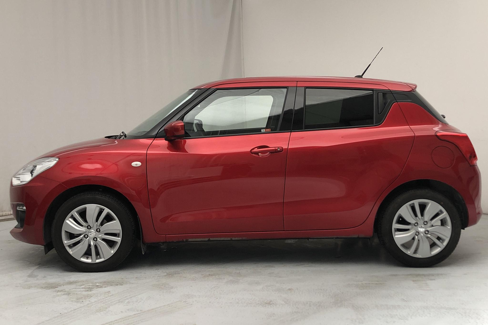 Suzuki Swift 1.2 5dr (90hk) - 14 860 km - Manual - red - 2018