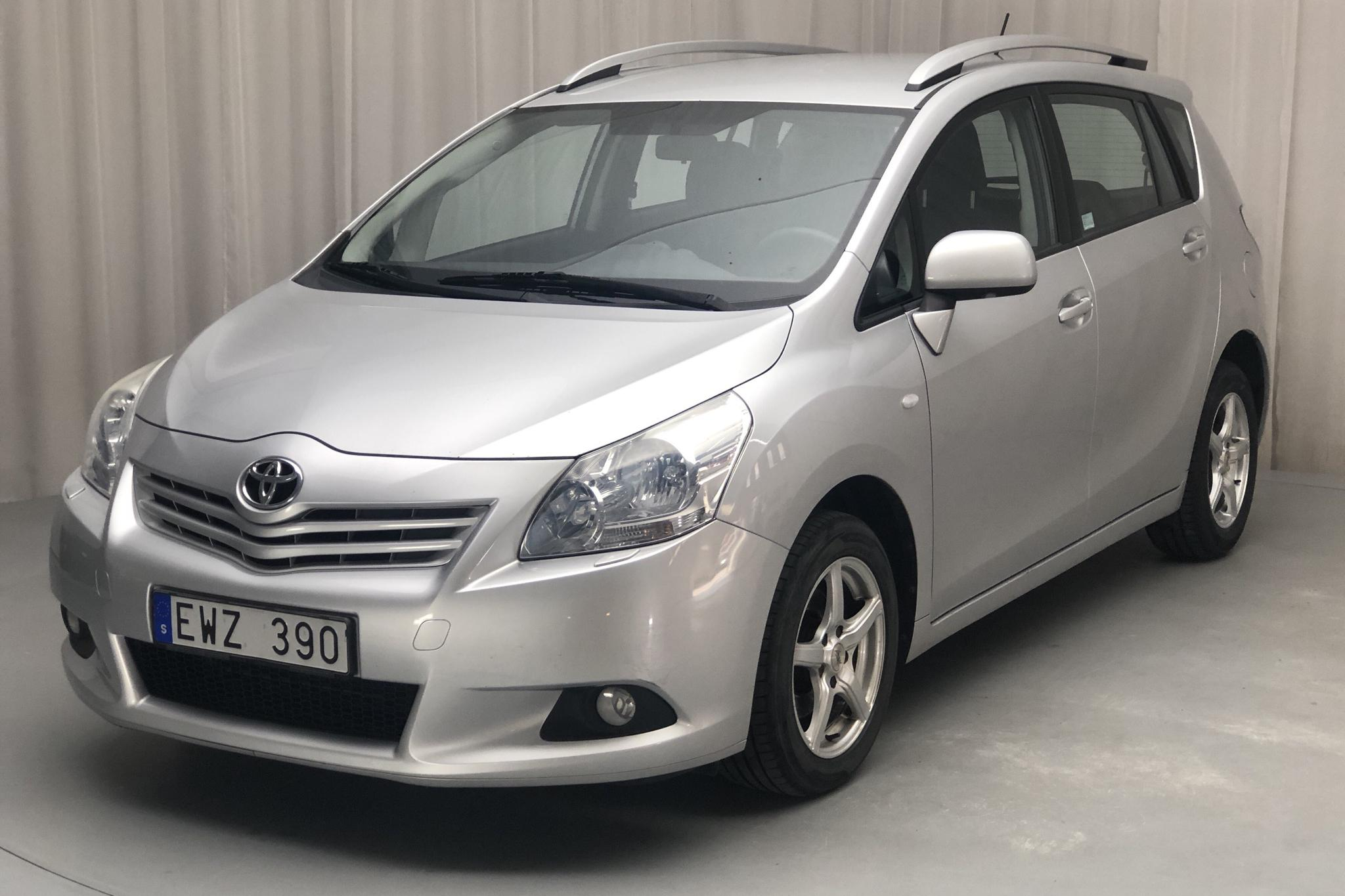 Toyota Verso 1.8 (147hk) - 18 172 mil - Manuell - silver - 2009