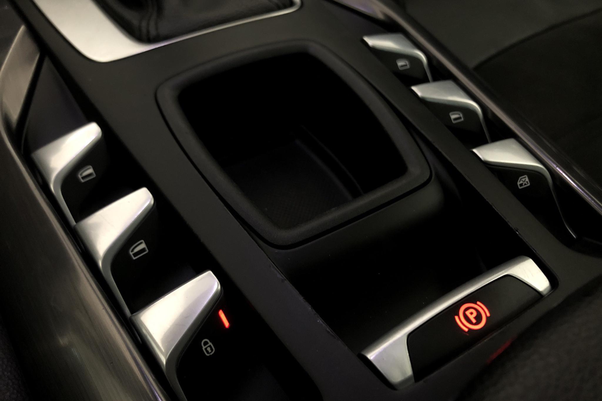 Citroen DS5 2.0 HDi (163hk) - 11 719 mil - Automat - grå - 2012