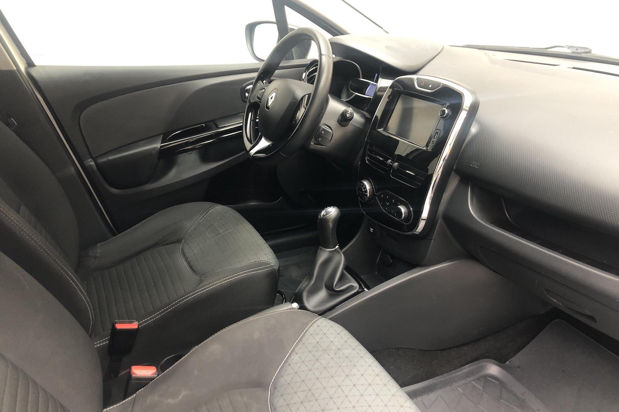 Renault Clio IV 0.9 TCe 90 5dr (90hk) - 16 121 mil - Manuell - vit - 2014