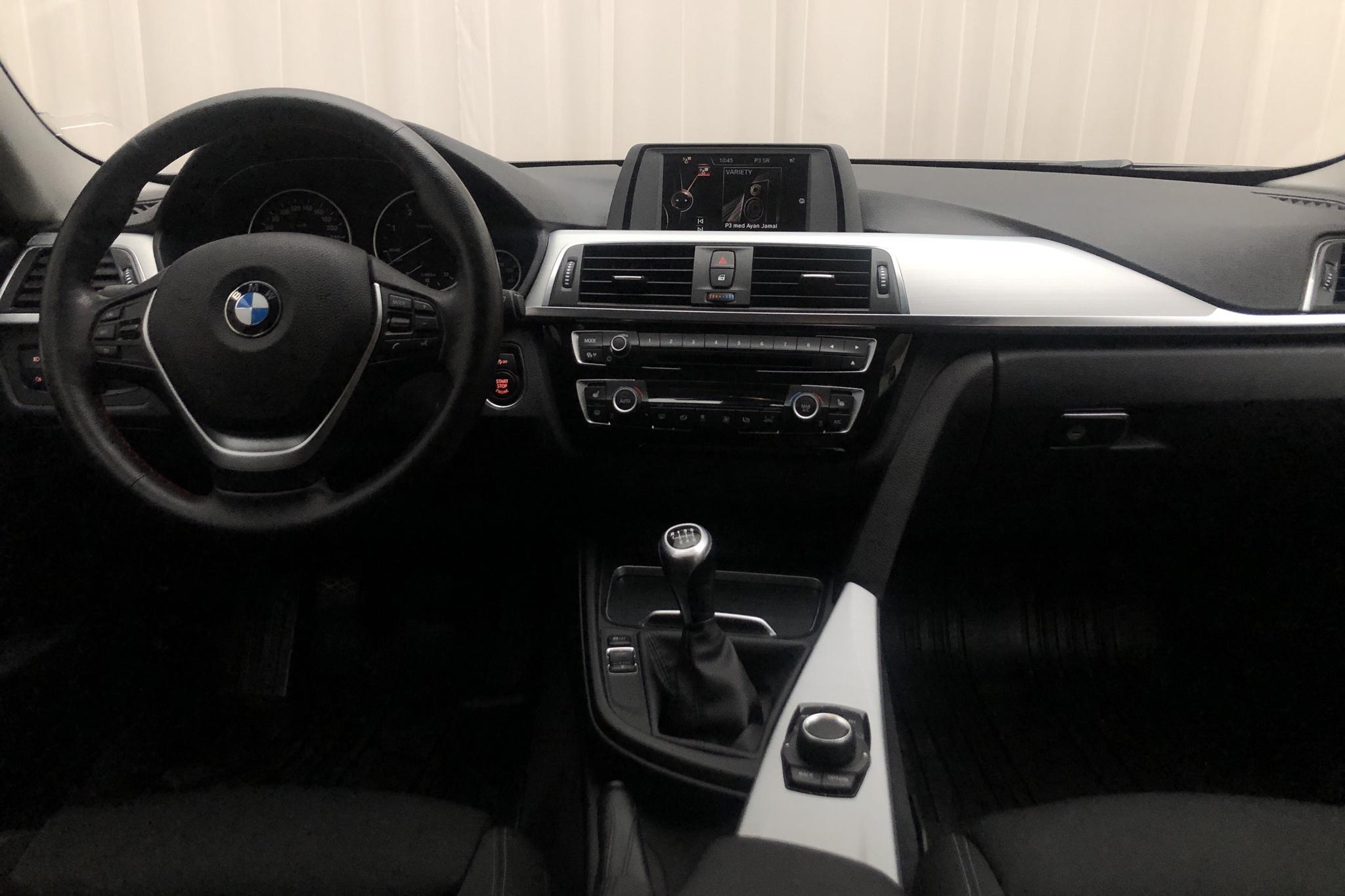 BMW 318d xDrive Touring, F31 (150hk) - 83 420 km - Manual - black - 2016