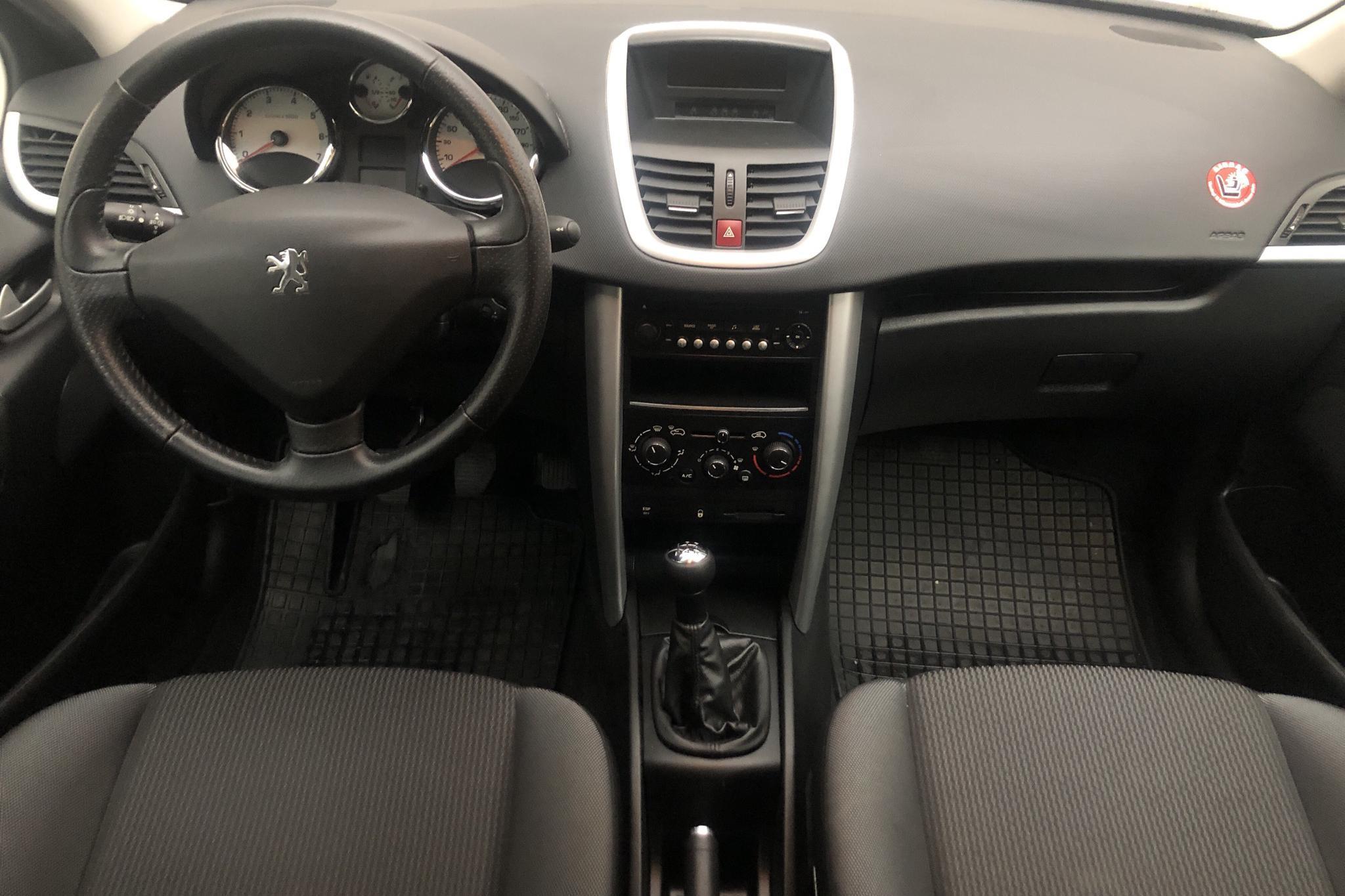 Peugeot 207 1.4 VTi 5dr (95hk) - 56 260 km - Manual - Light Blue - 2011