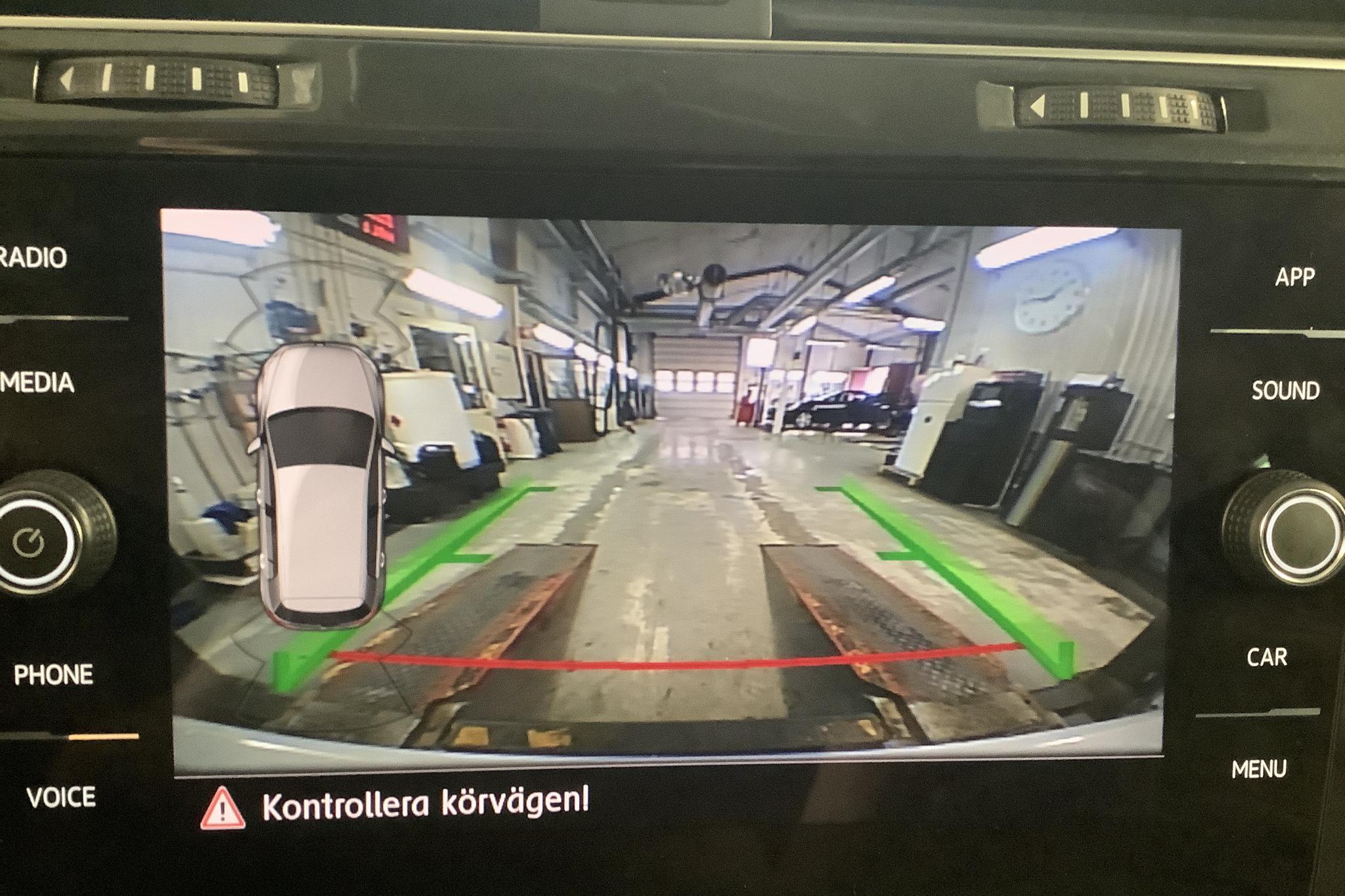 VW Golf VII 1.0 TSI 5dr (110hk) - 3 646 mil - Manuell - vit - 2018