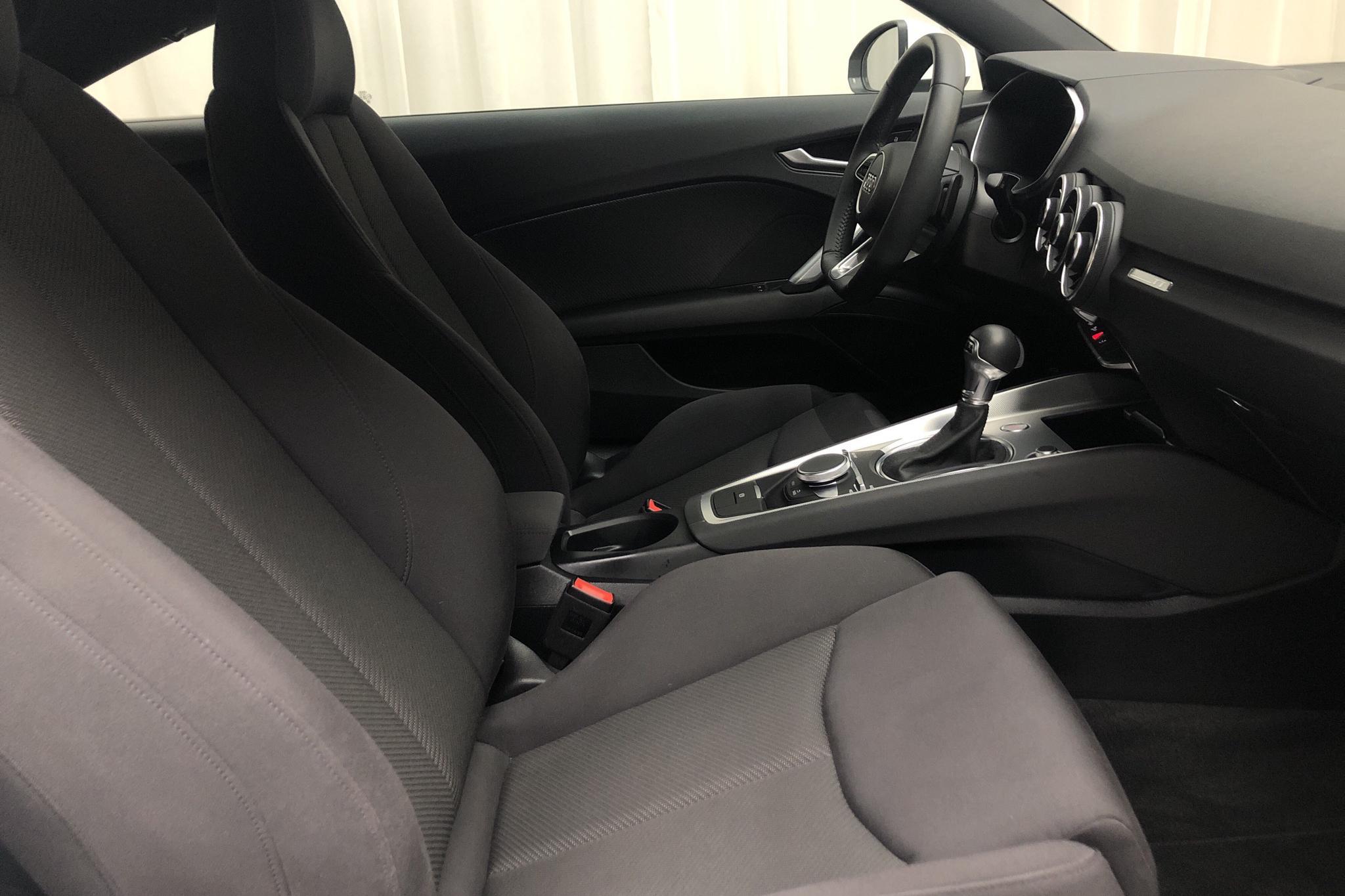 Audi TT Coupé 40 TFSI (197hk) - 1 822 mil - Automat - vit - 2020
