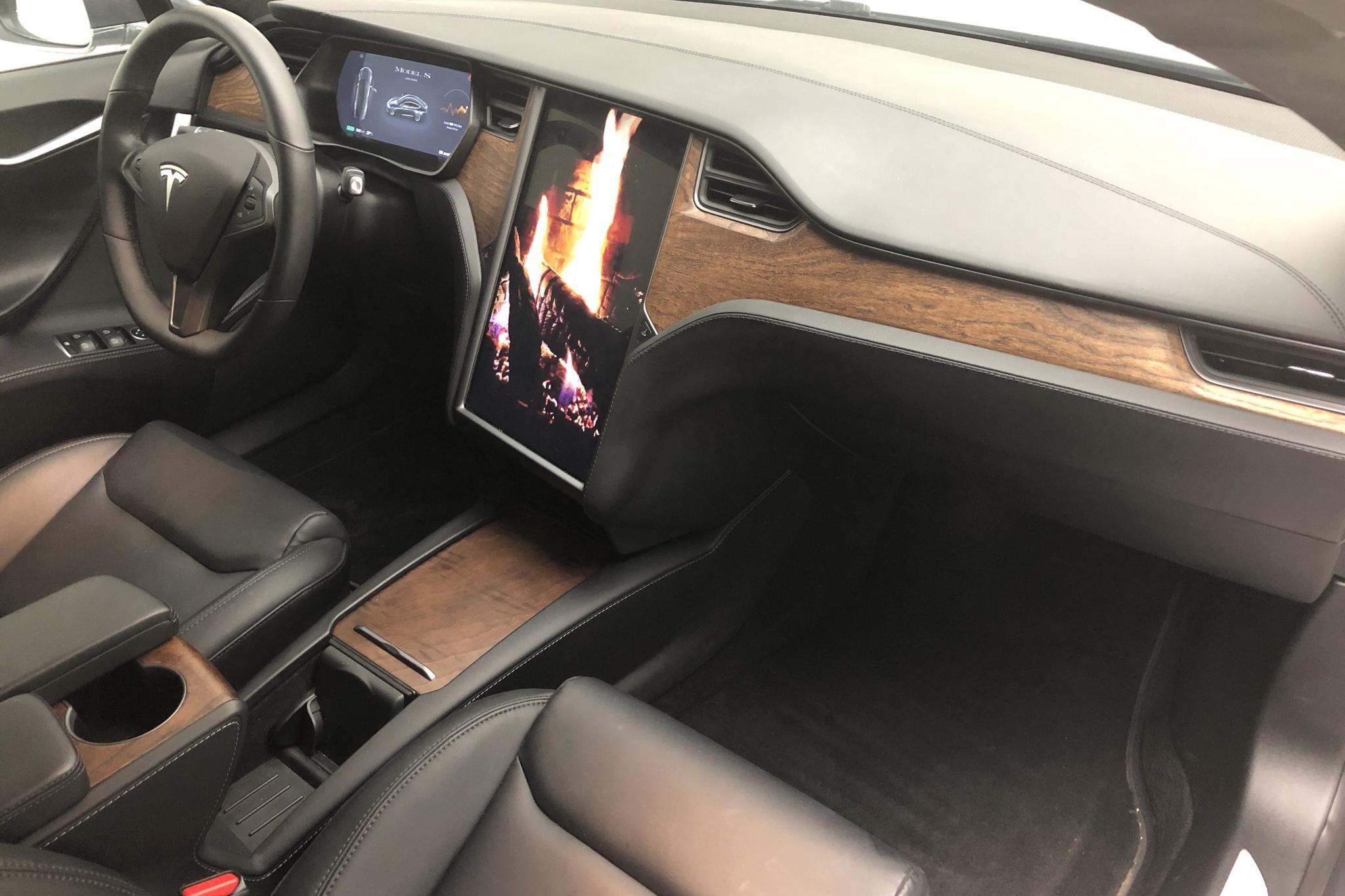 Tesla Model S Long Range AWD - 3 428 mil - Automat - grå - 2020