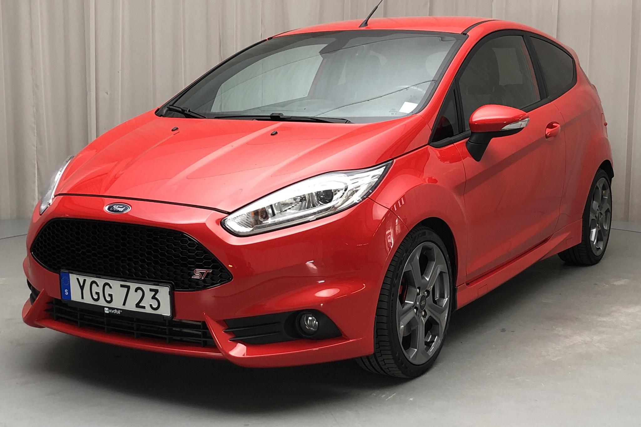Ford Fiesta 1.6 ST 3dr (182hk) - 51 490 km - Manual - red - 2017