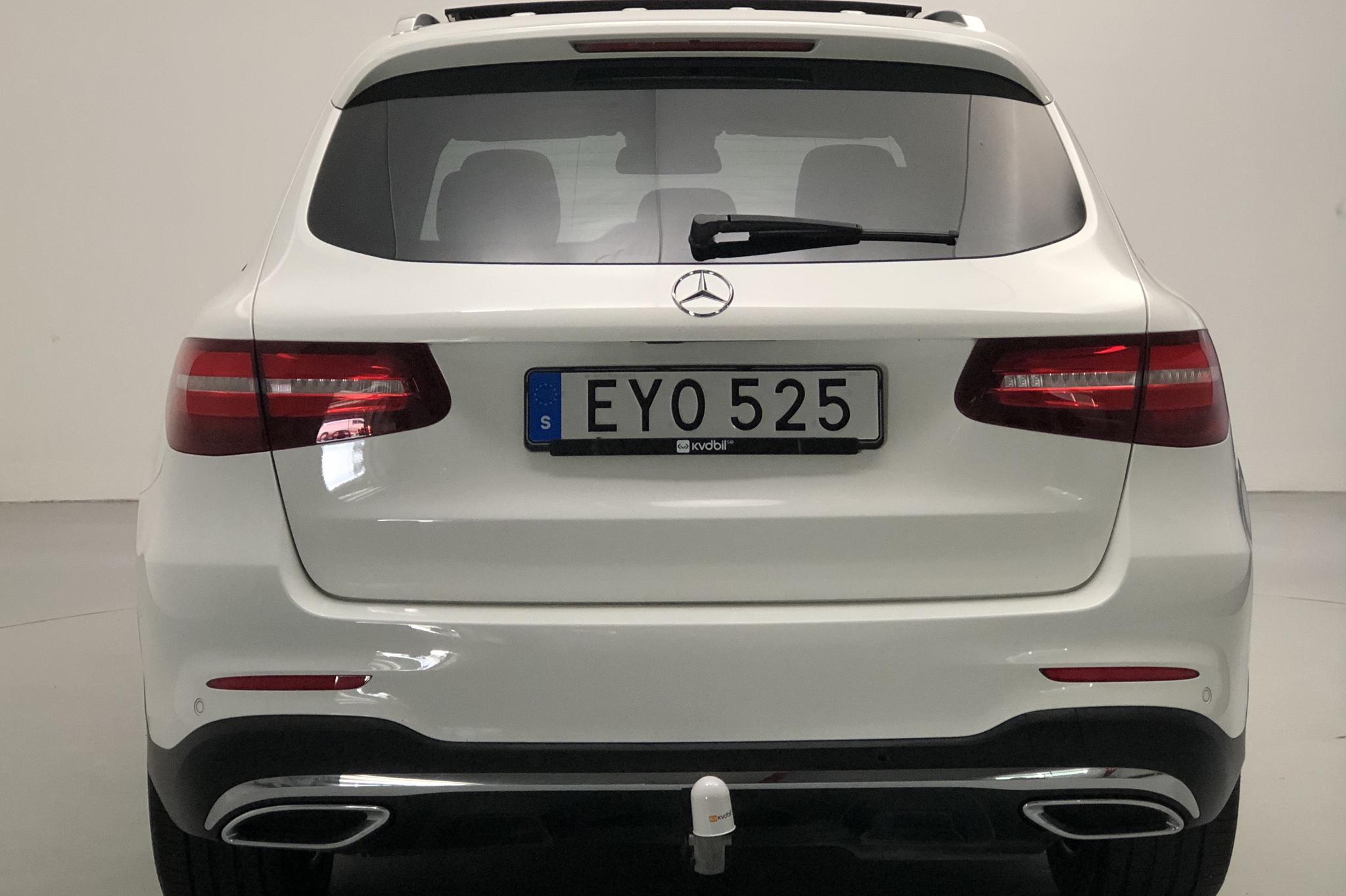 Mercedes GLC 250 d 4MATIC X253 (204hk) - 72 180 km - Automatic - white - 2018