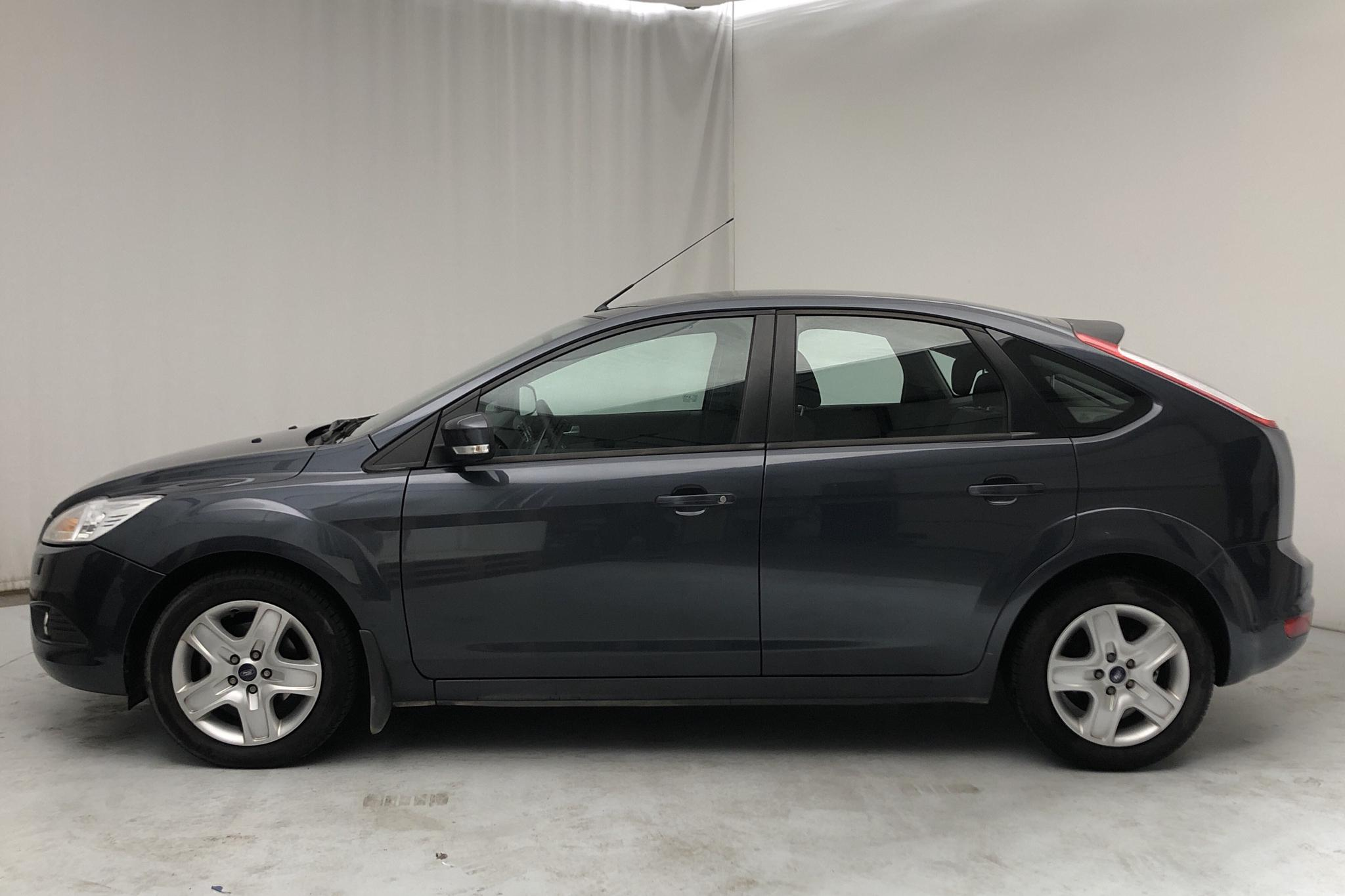 Ford Focus 1.6 TDCi ECOnetic 5dr (90hk) - 53 170 km - Manual - gray - 2010